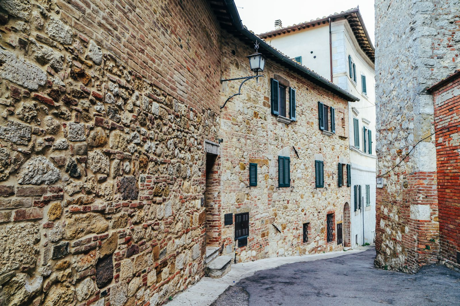 Montepulciano - The Italian Medieval Town In The Mountains... (17)