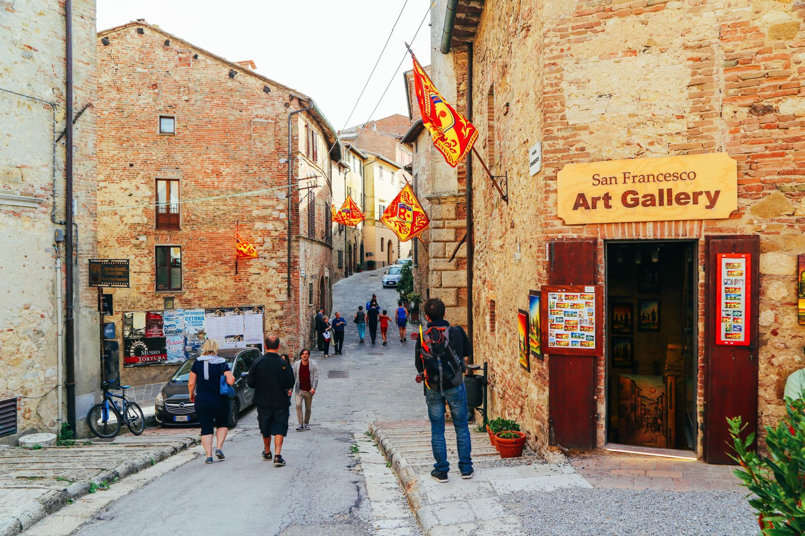Montepulciano - The Italian Medieval Town In The Mountains... (24)
