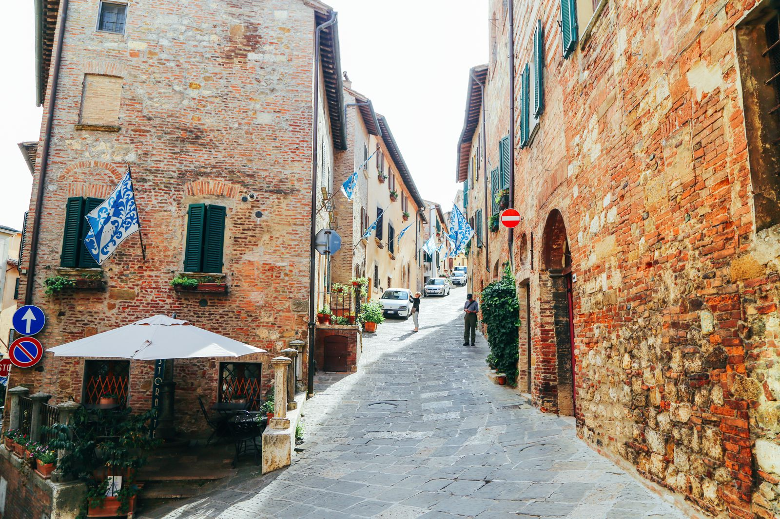 Montepulciano - The Italian Medieval Town In The Mountains... (29)
