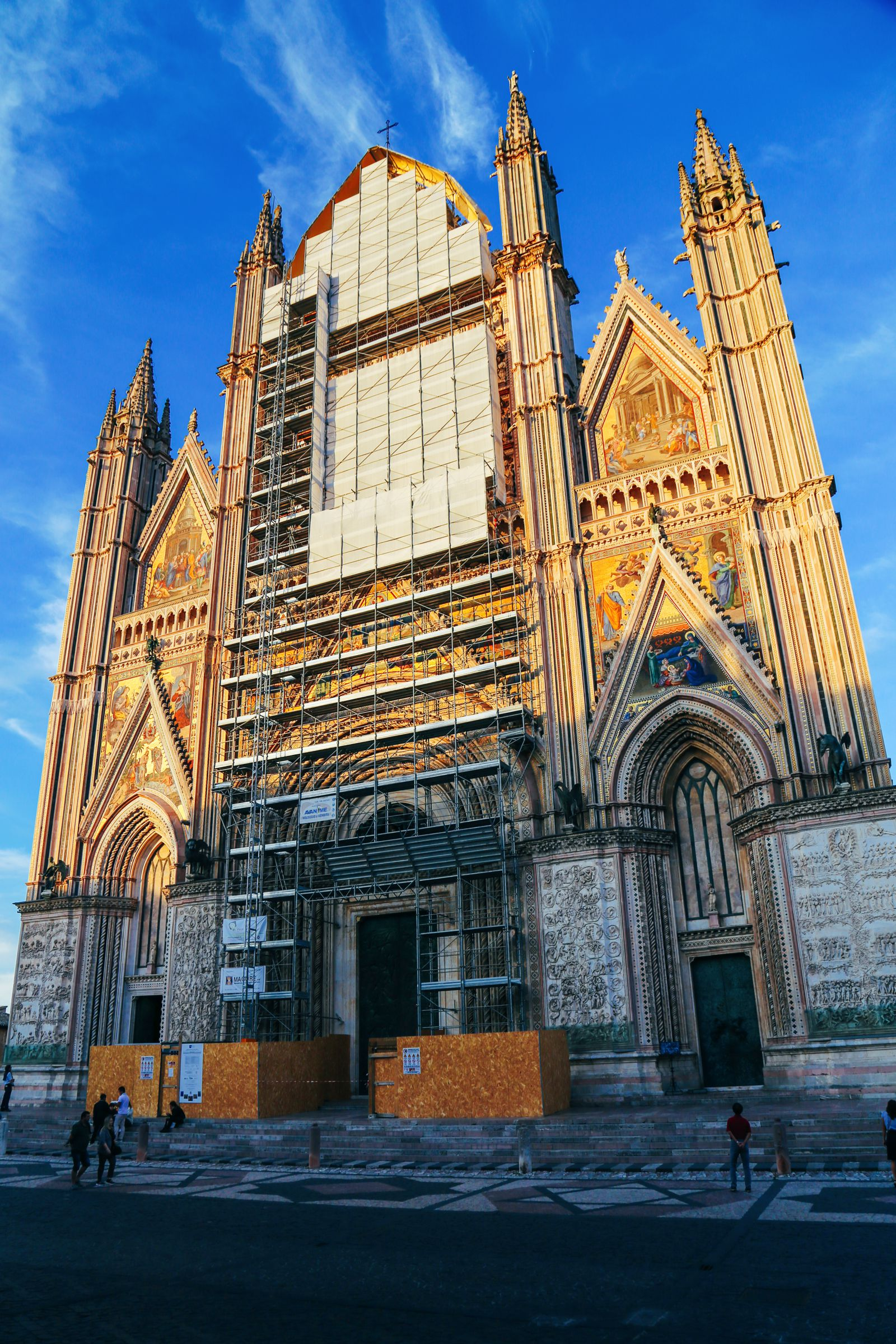 Orvieto - The Most Dramatic City In Europe (16)