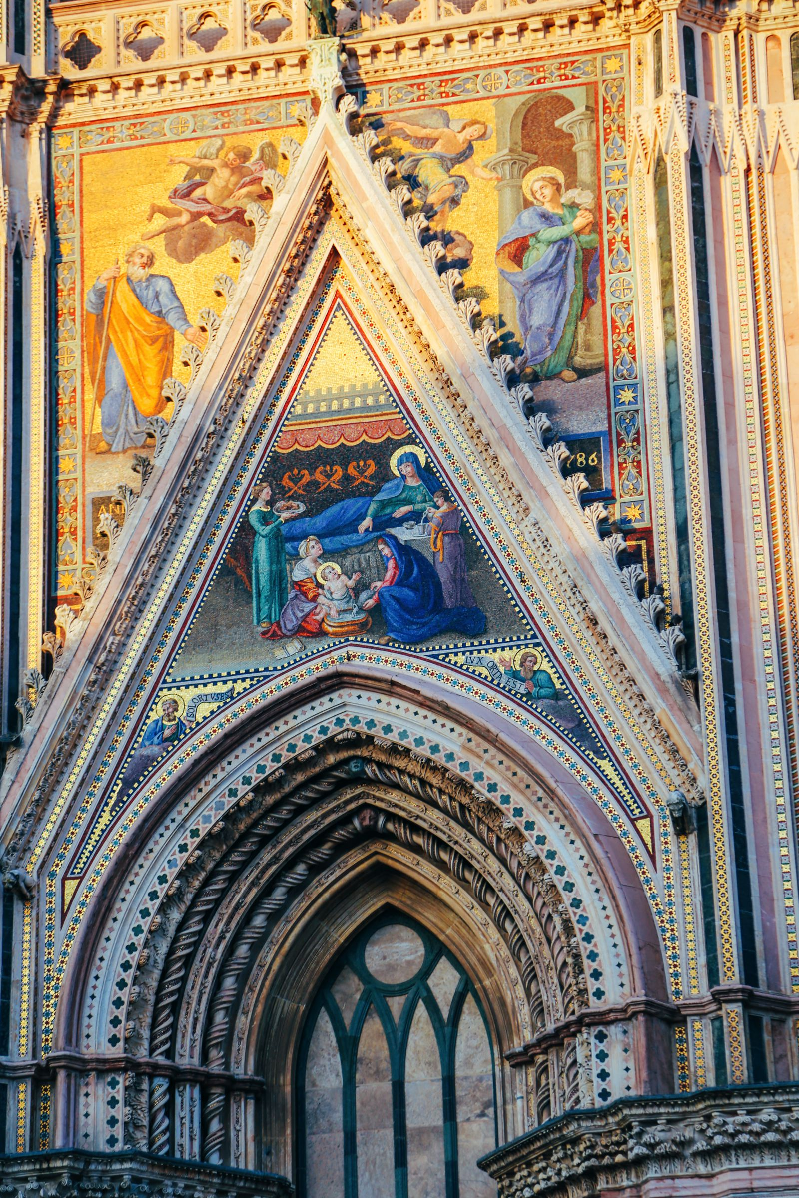 Orvieto - The Most Dramatic City In Europe (17)