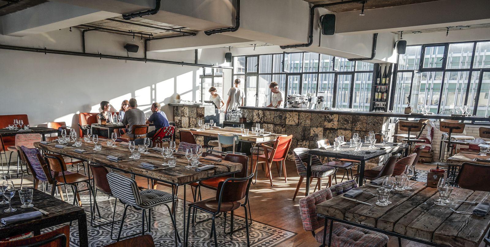10 Amazing Restaurants With The Best Views In Paris (4)