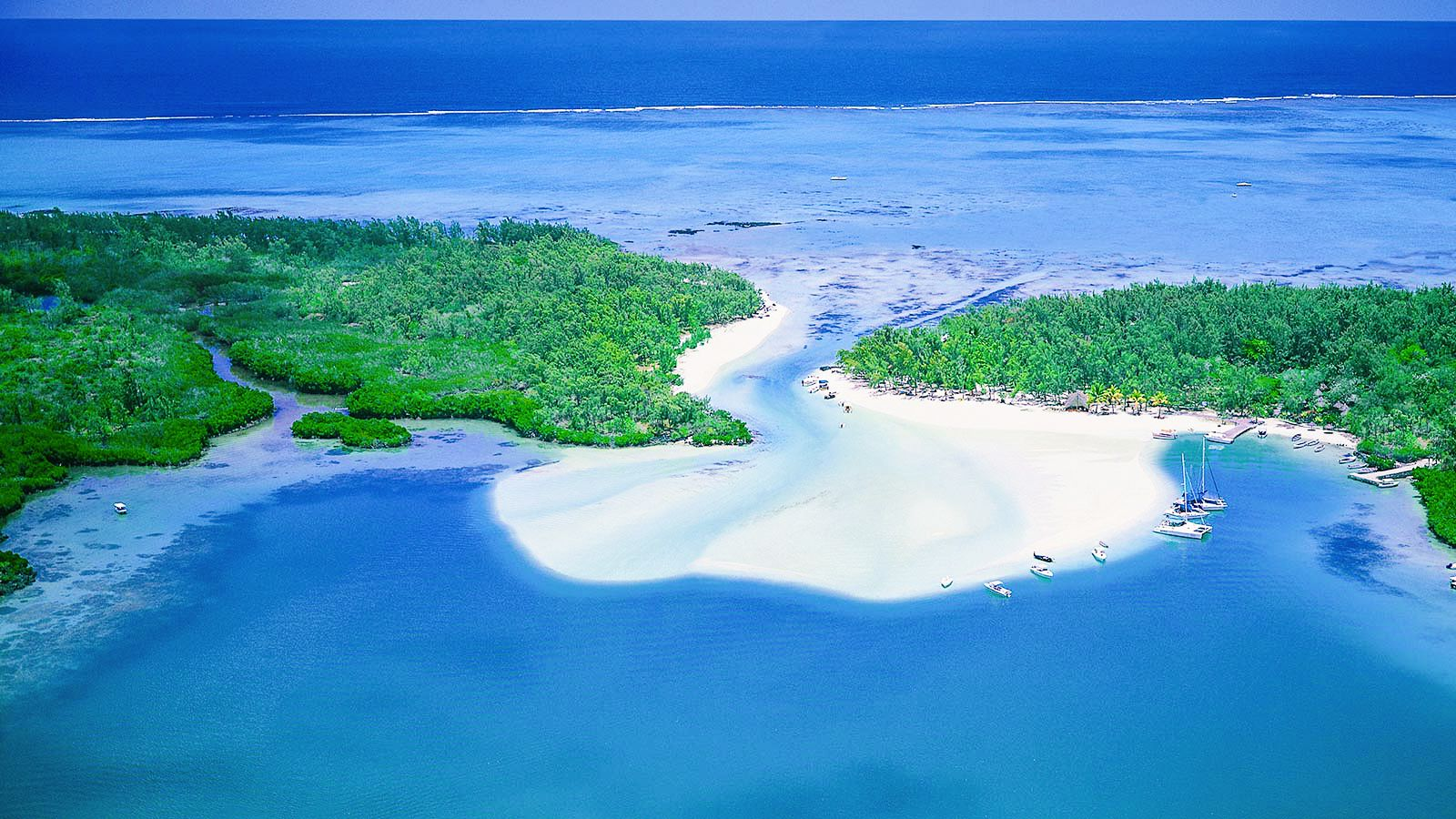 11 Dreamy Beaches You Will Want To Explore In Mauritius (1)