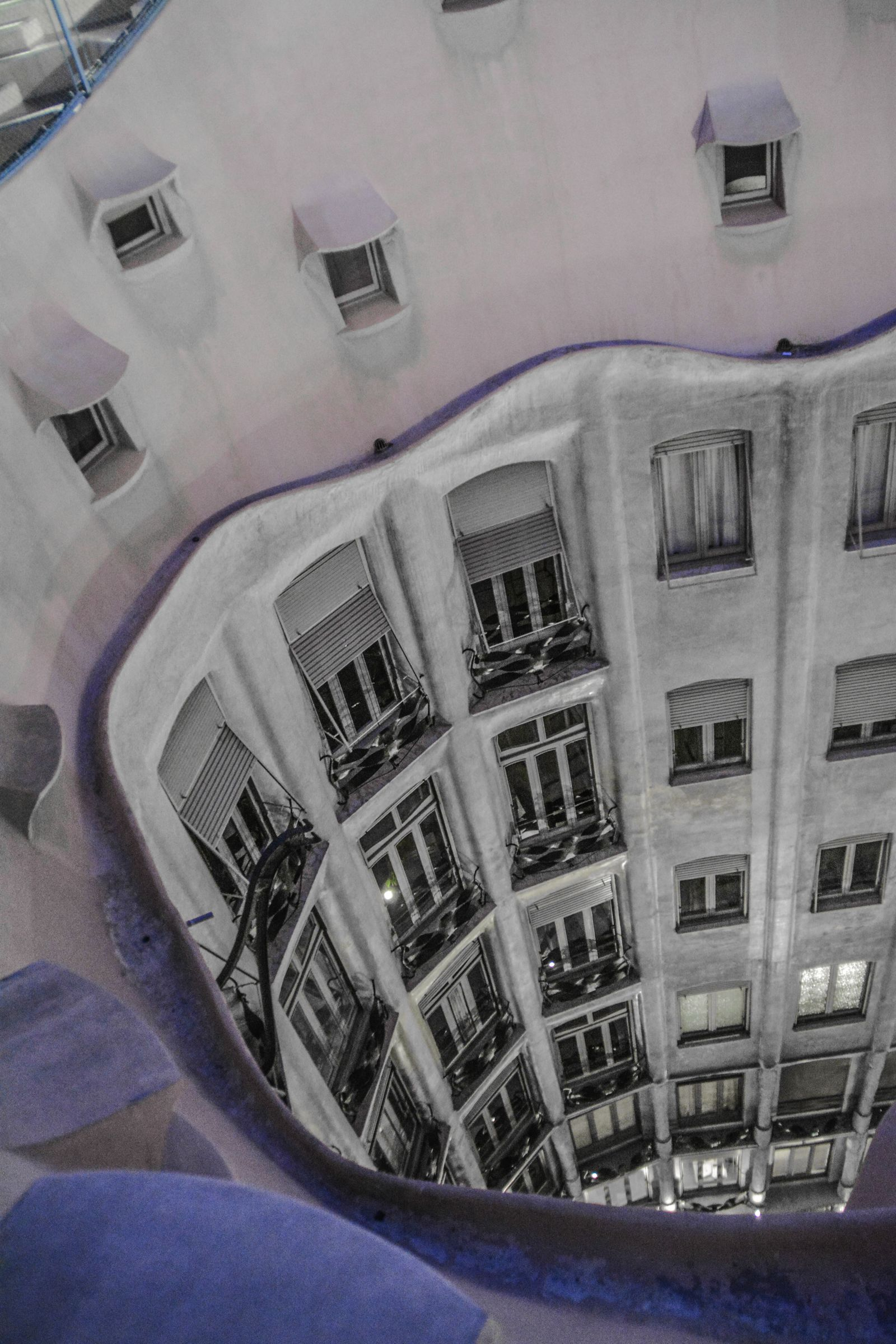 6 Must See Pieces Of Architecture By Gaudì In Barcelona (36)