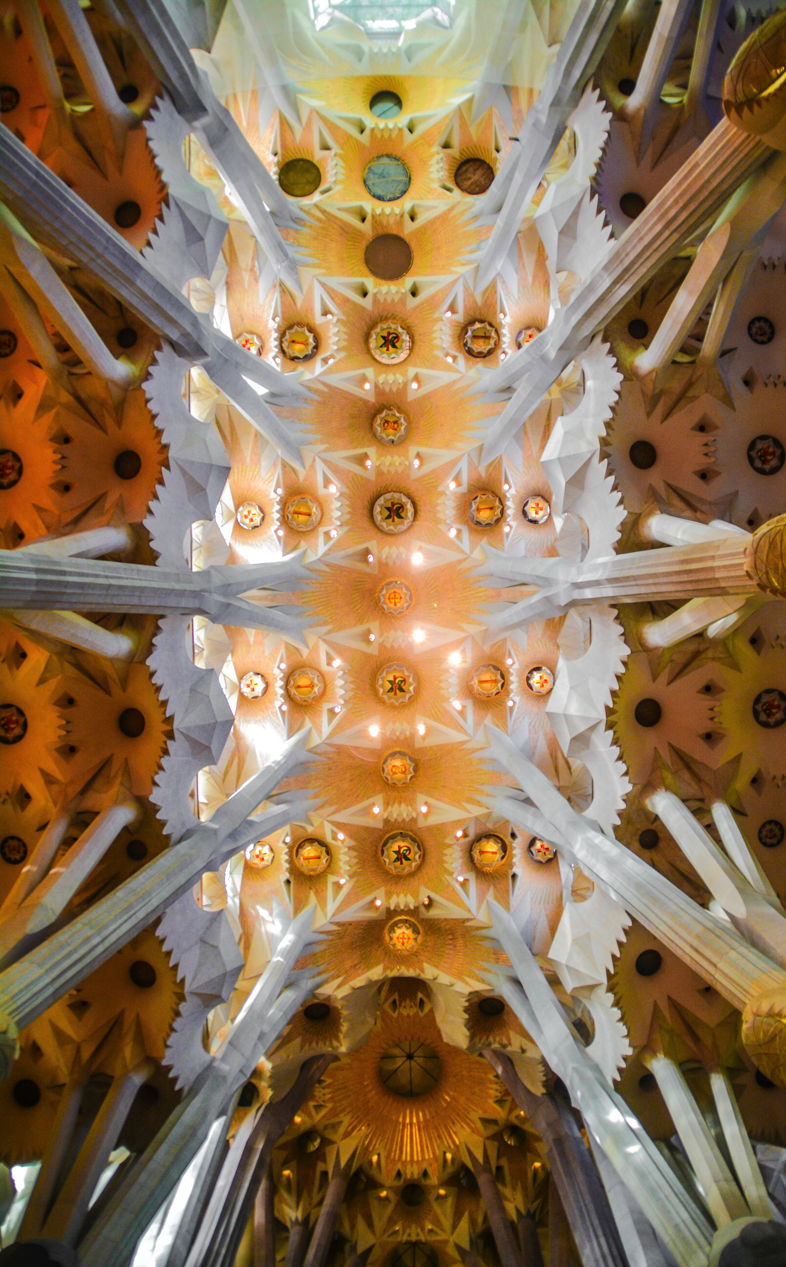 6 Must See Pieces Of Architecture By Gaudì In Barcelona (62)