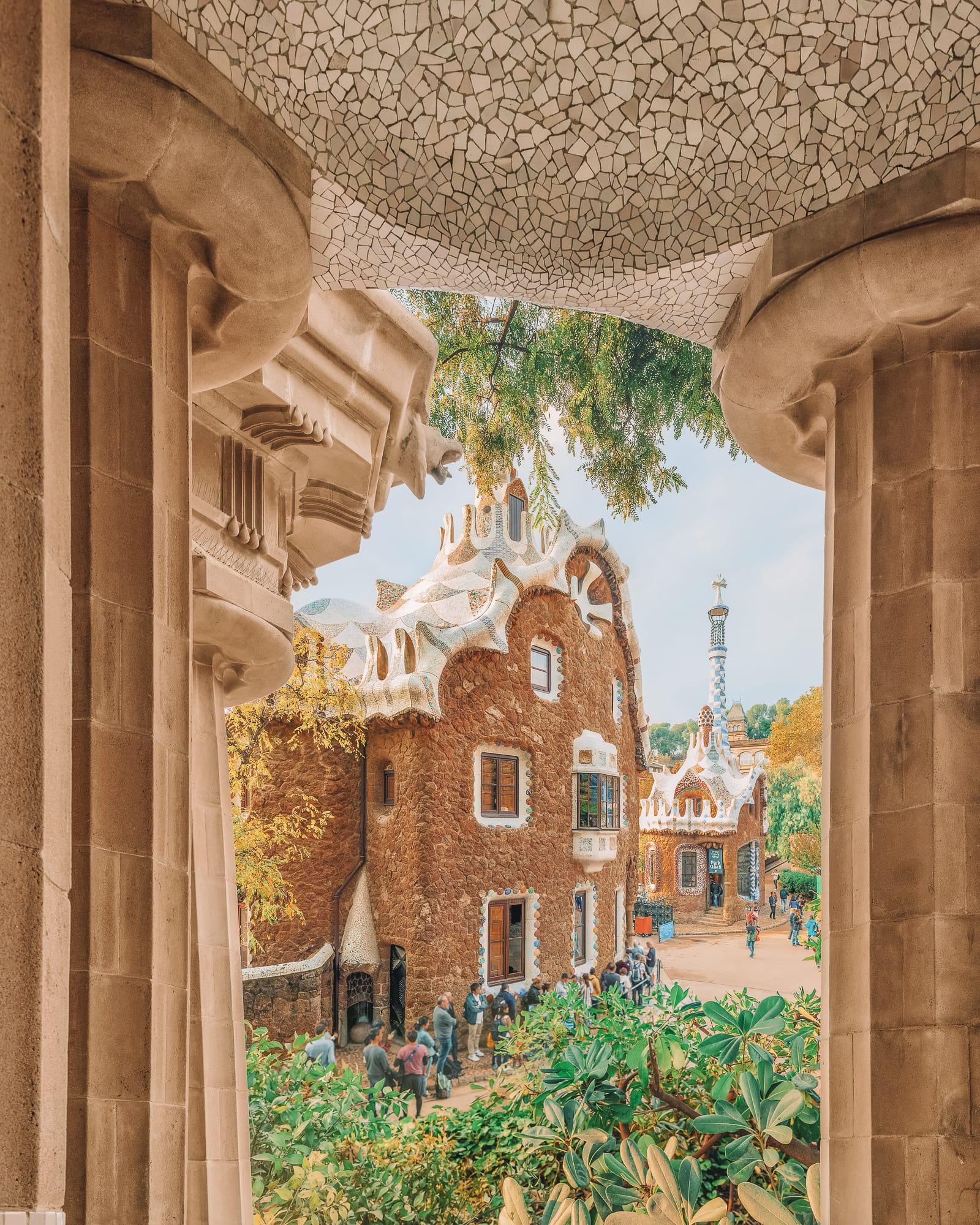 6 Must See Buildings By Gaudi In Barcelona (1)