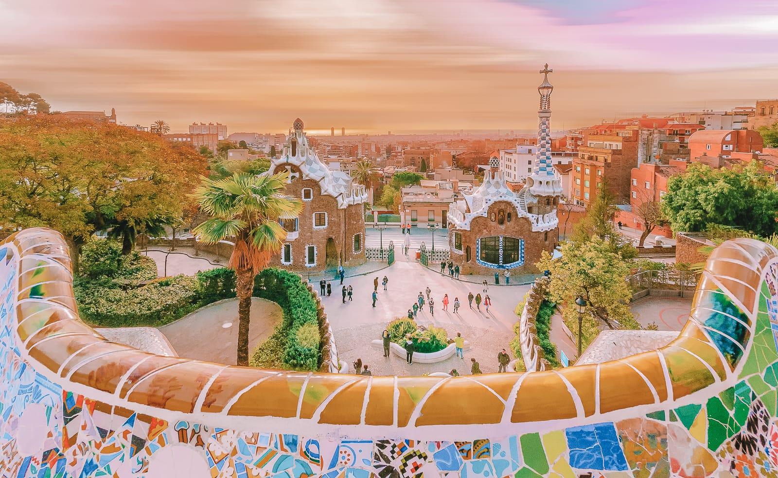 6 Must See Buildings By Gaudi In Barcelona (10)
