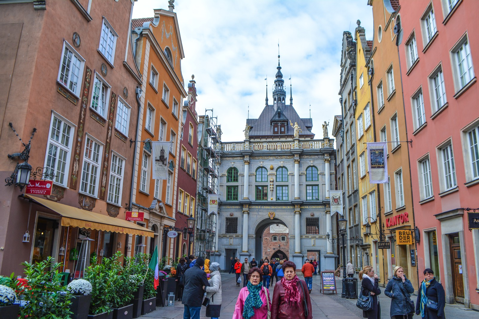 Why You Should Spend A Weekend In Picturesque Gdánsk, Poland (12)