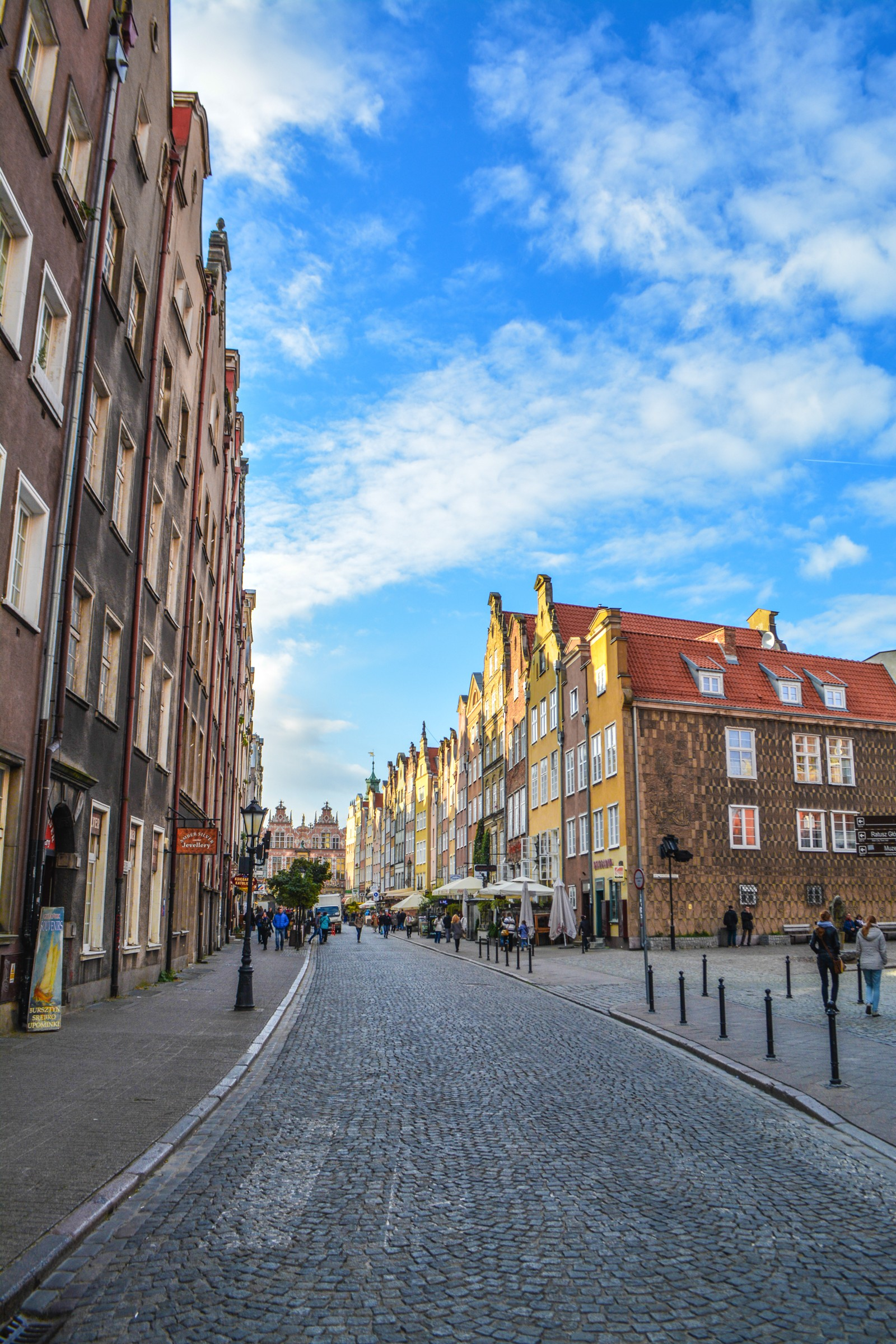 Why You Should Spend A Weekend In Picturesque Gdánsk, Poland (15)