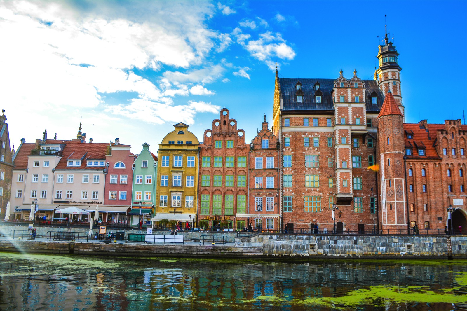 Why You Should Spend A Weekend In Picturesque Gdánsk, Poland (24)