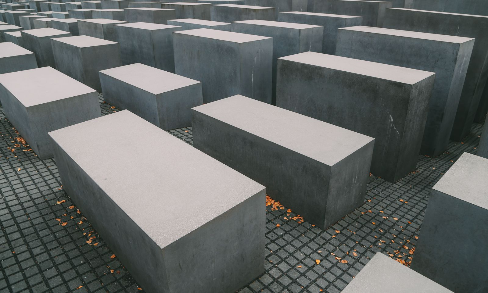 A Memoir To The Fallen - The Holocaust Memorial Also known as the Memorial to the Murdered Jews of Europe (11)