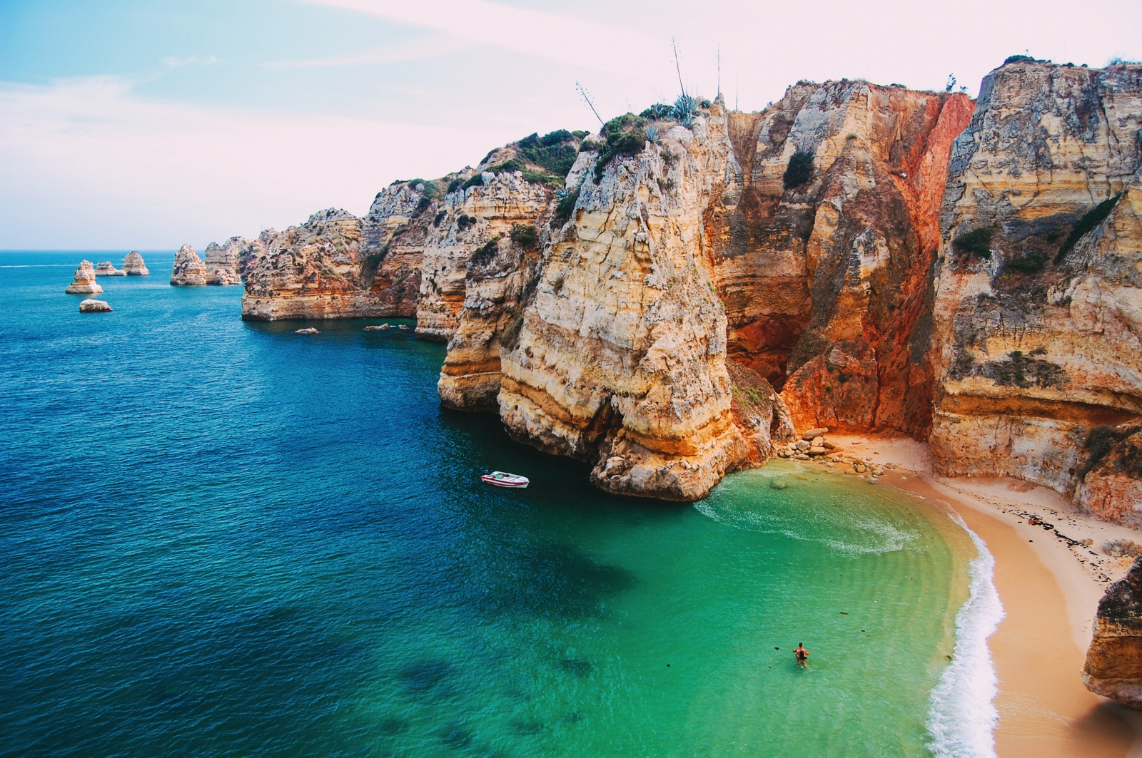 10 Beautiful Beaches You Have To Visit In Portugal (5)