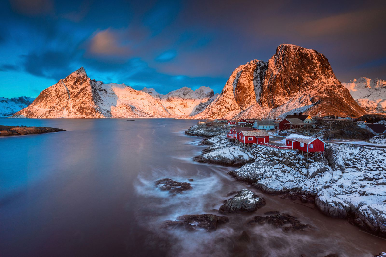 Reasons Why You Need To Visit The Lofoten Islands In Norway - Top 10 tropical islands you have to visit