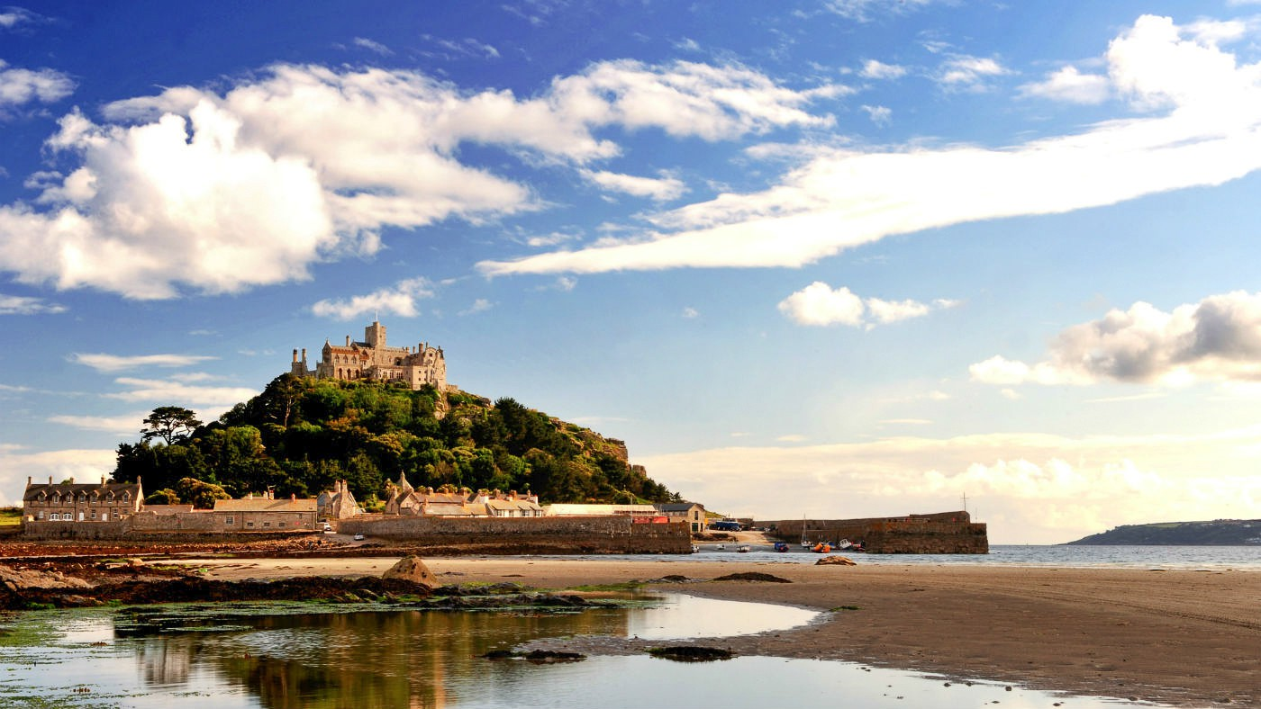 15 Fairytale Castles You Must Visit In England (5)