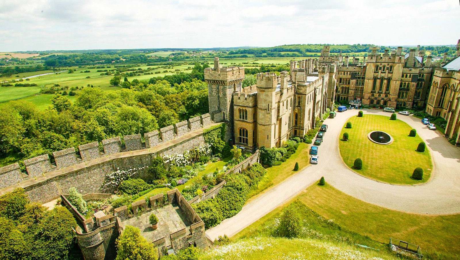 15 Fairytale Castles You Must Visit In England (9)