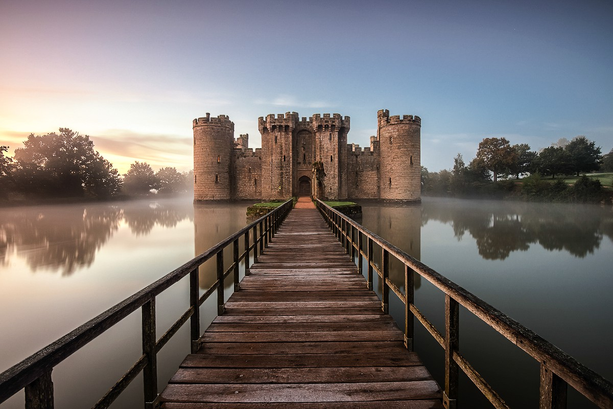 17 fairytale castles you must visit in england - hand luggage only