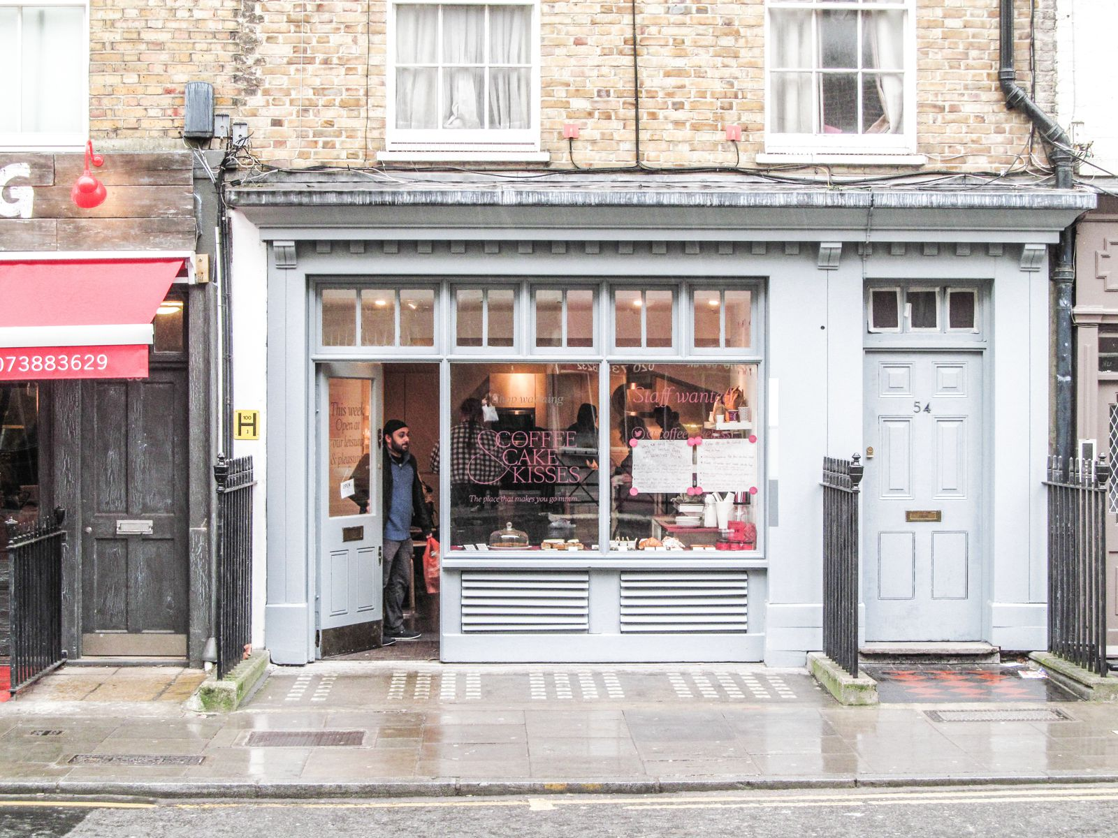 12 Unique And Independent Coffee Shops You Must Try In London (16)