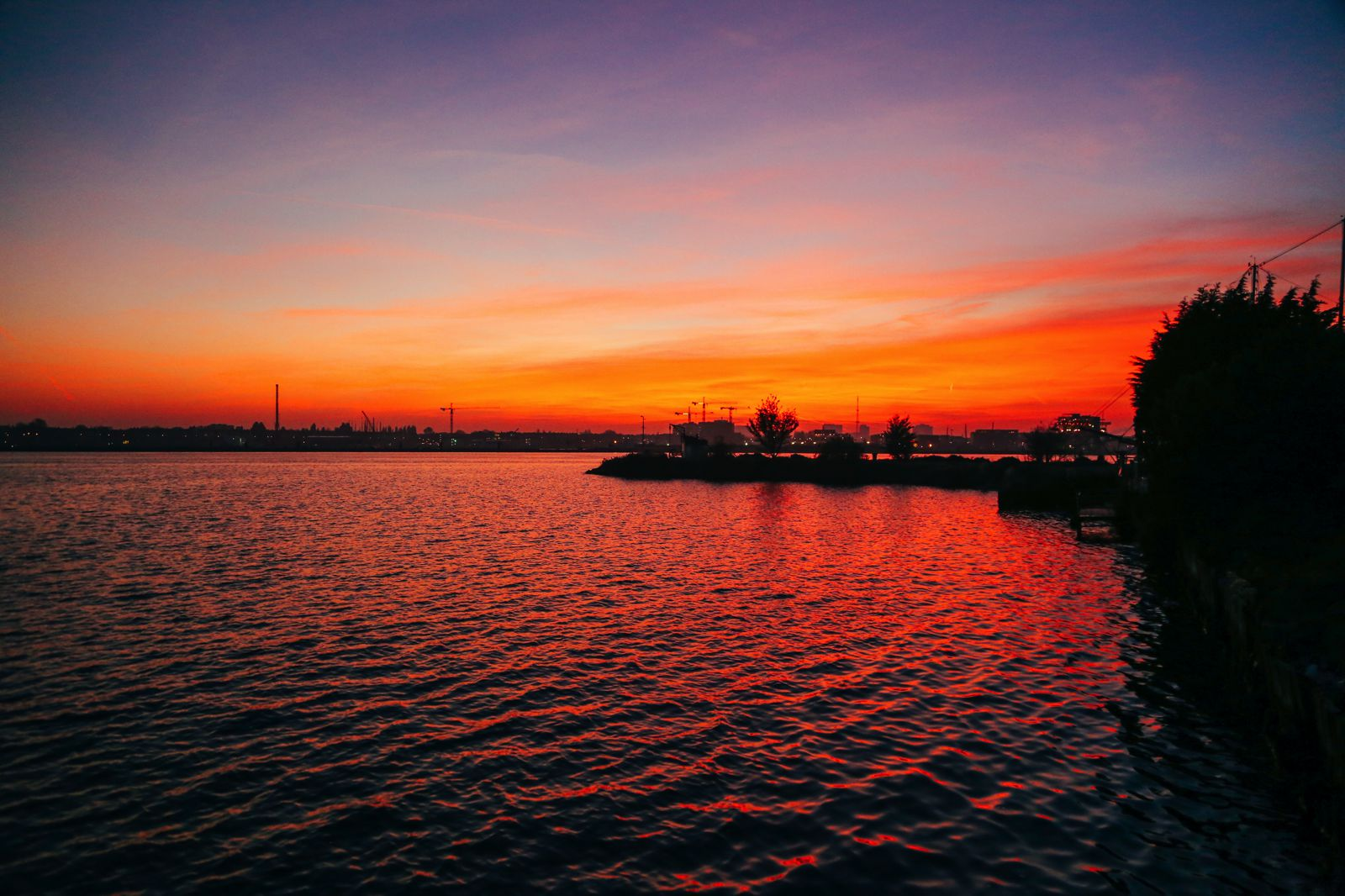 This Is Where To Go For The Best Sunsets In Amsterdam! (18)