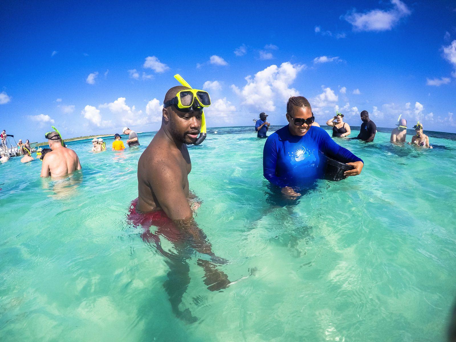 How To Swim With Wild Stingrays In Antigua (11)