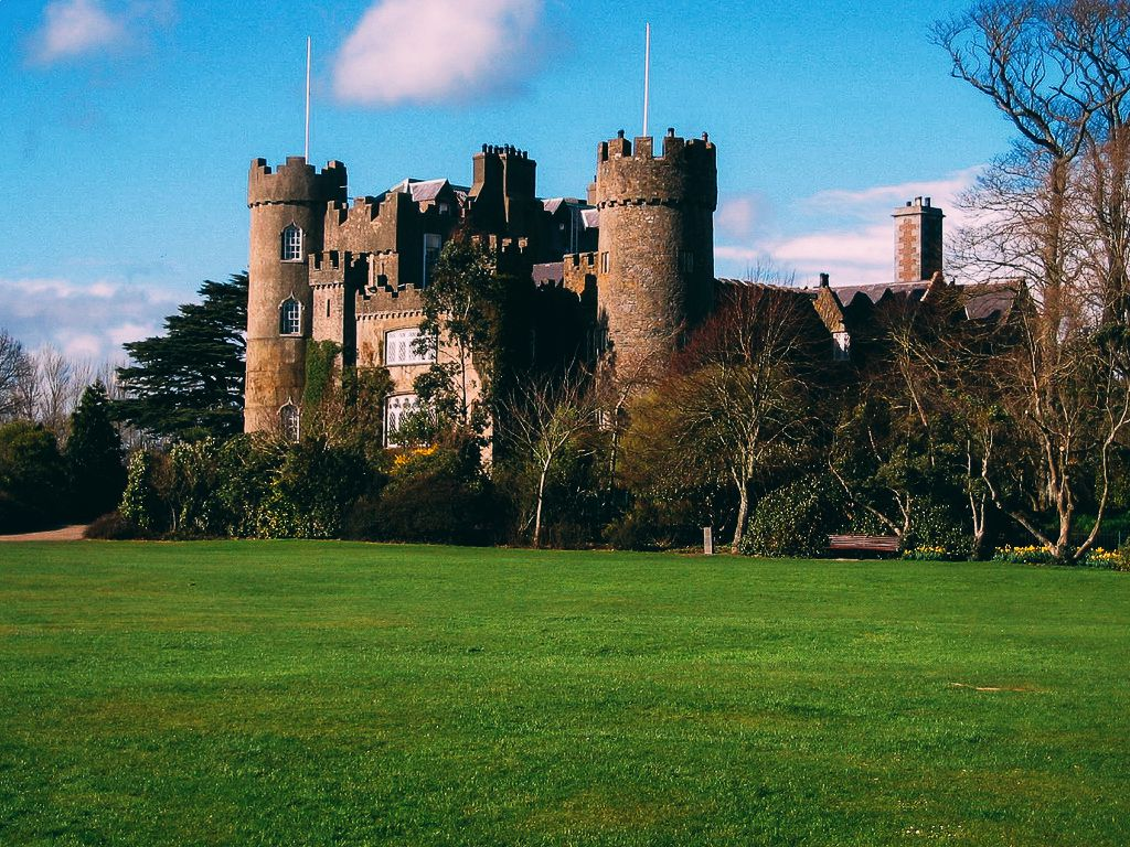 10 Charming Castles You Will Want To Visit In Ireland (1)