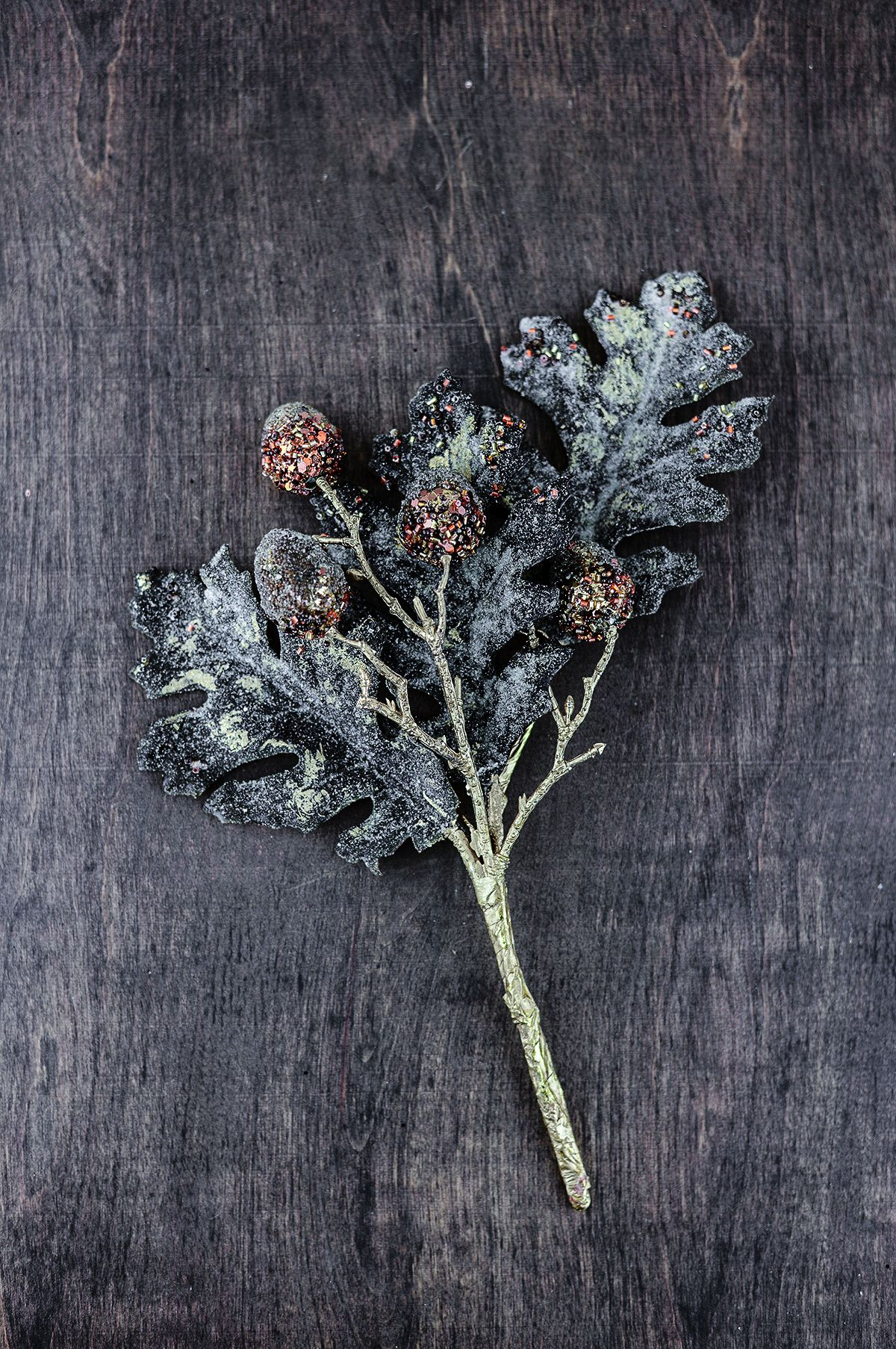 how to make delicious wine out of oak leaves hand luggage only