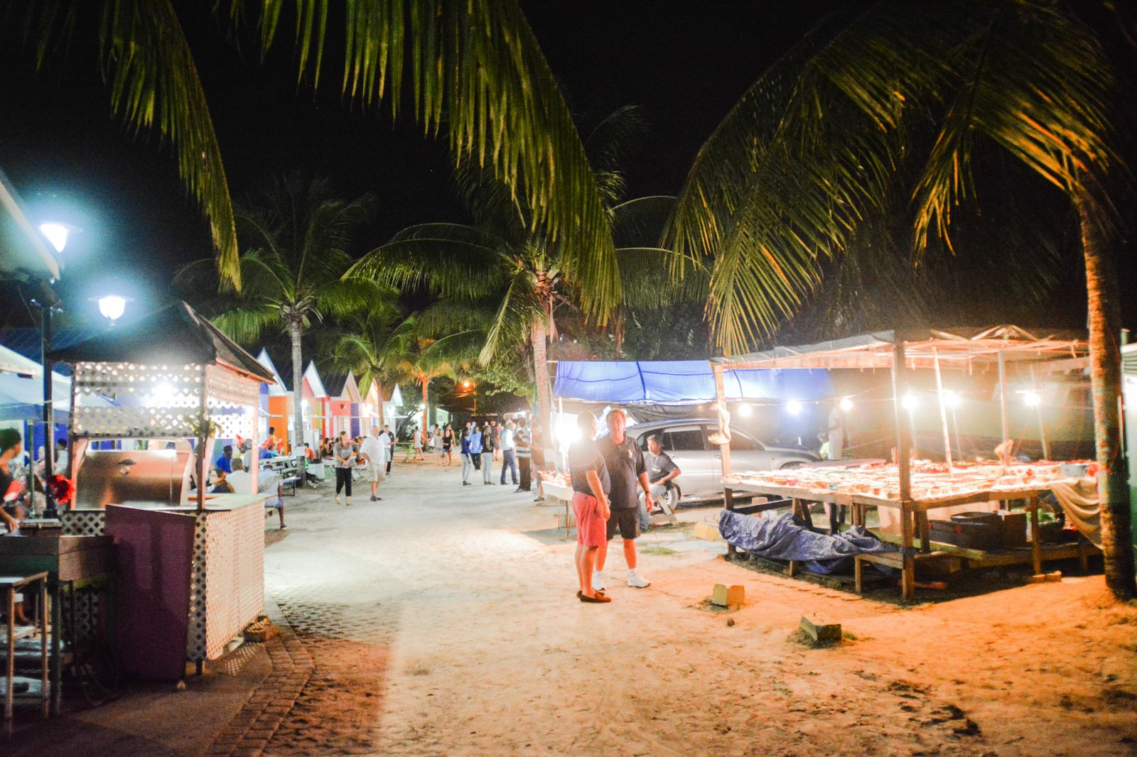 Spending An Exciting Evening At Oistins Fish Fry In Barbados (7)