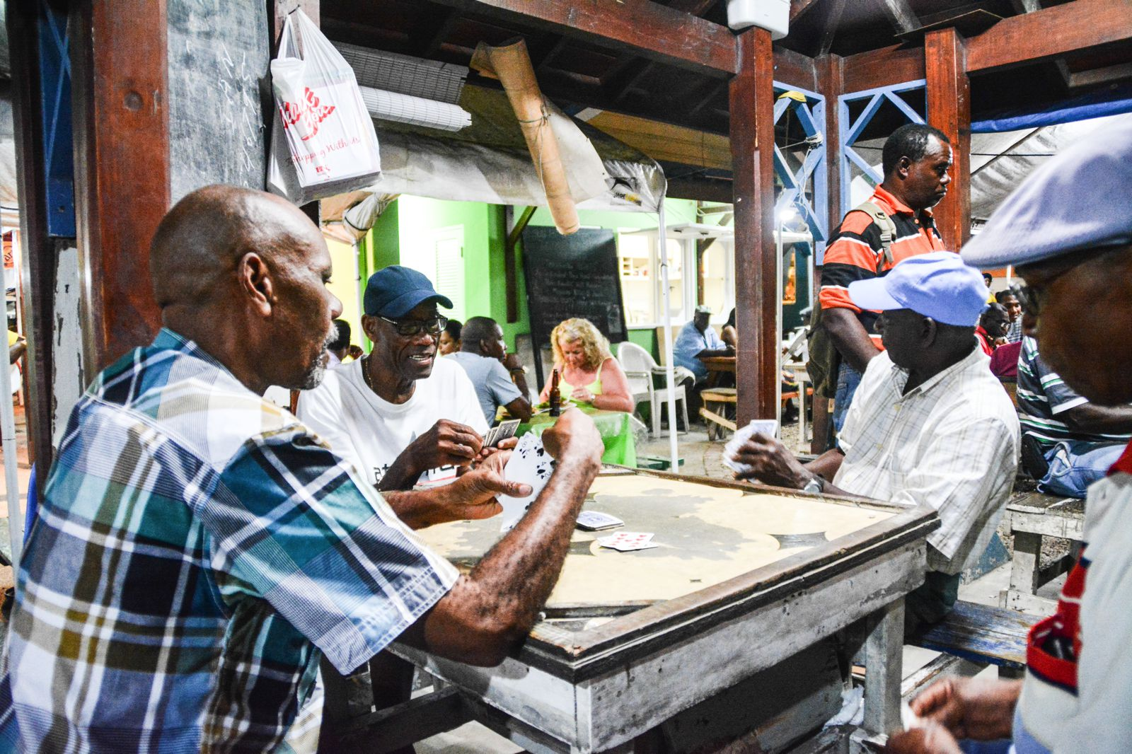 Spending An Exciting Evening At Oistins Fish Fry In Barbados (13)