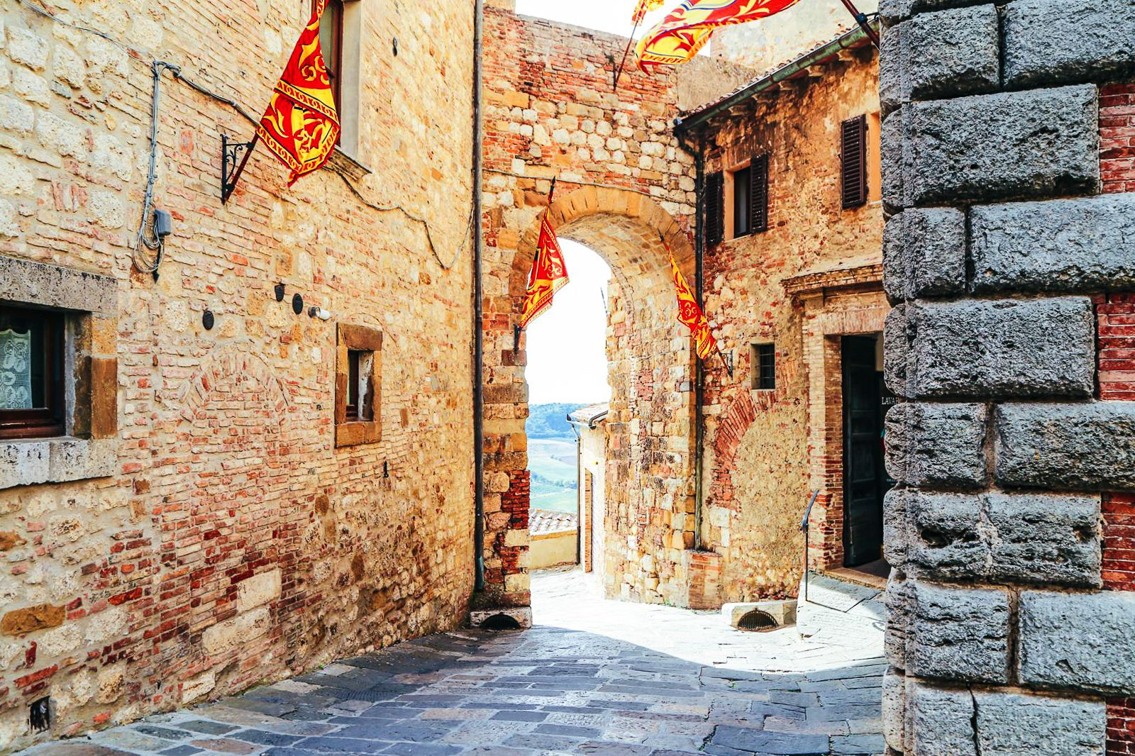 23 Ultimate Places You Must Include On Your Italian Road Trip (51)