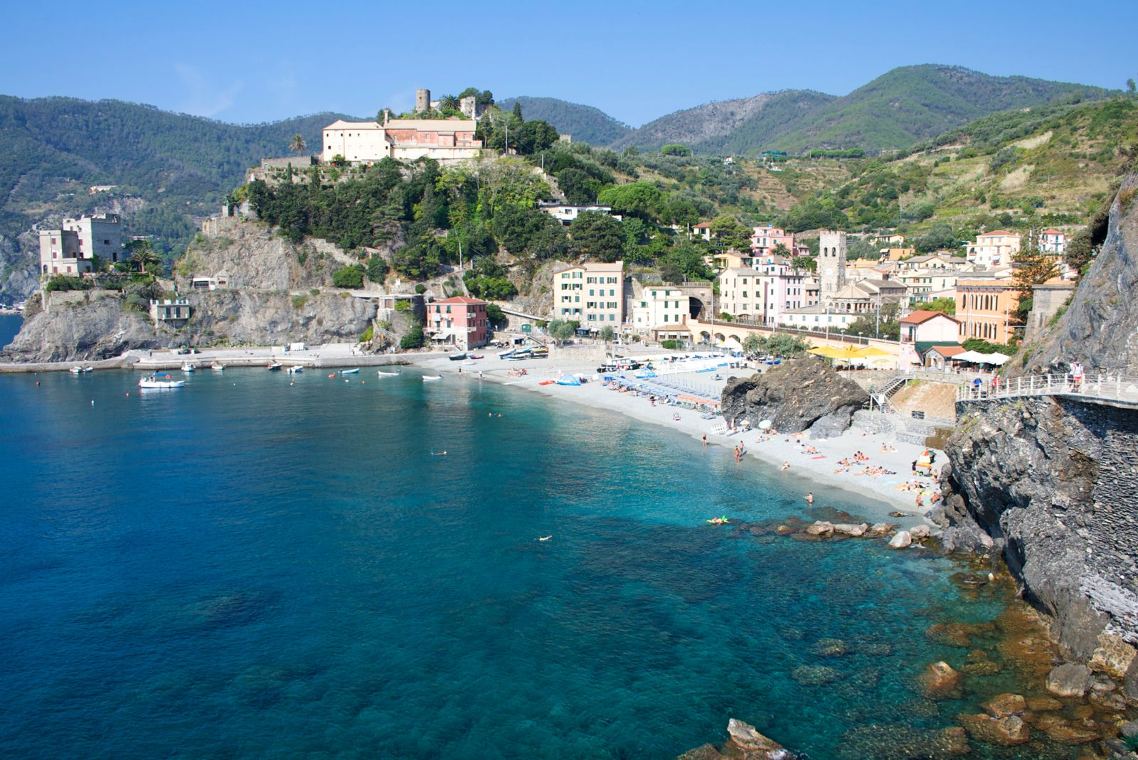 23 Ultimate Places You Must Include On Your Italian Road Trip (2)