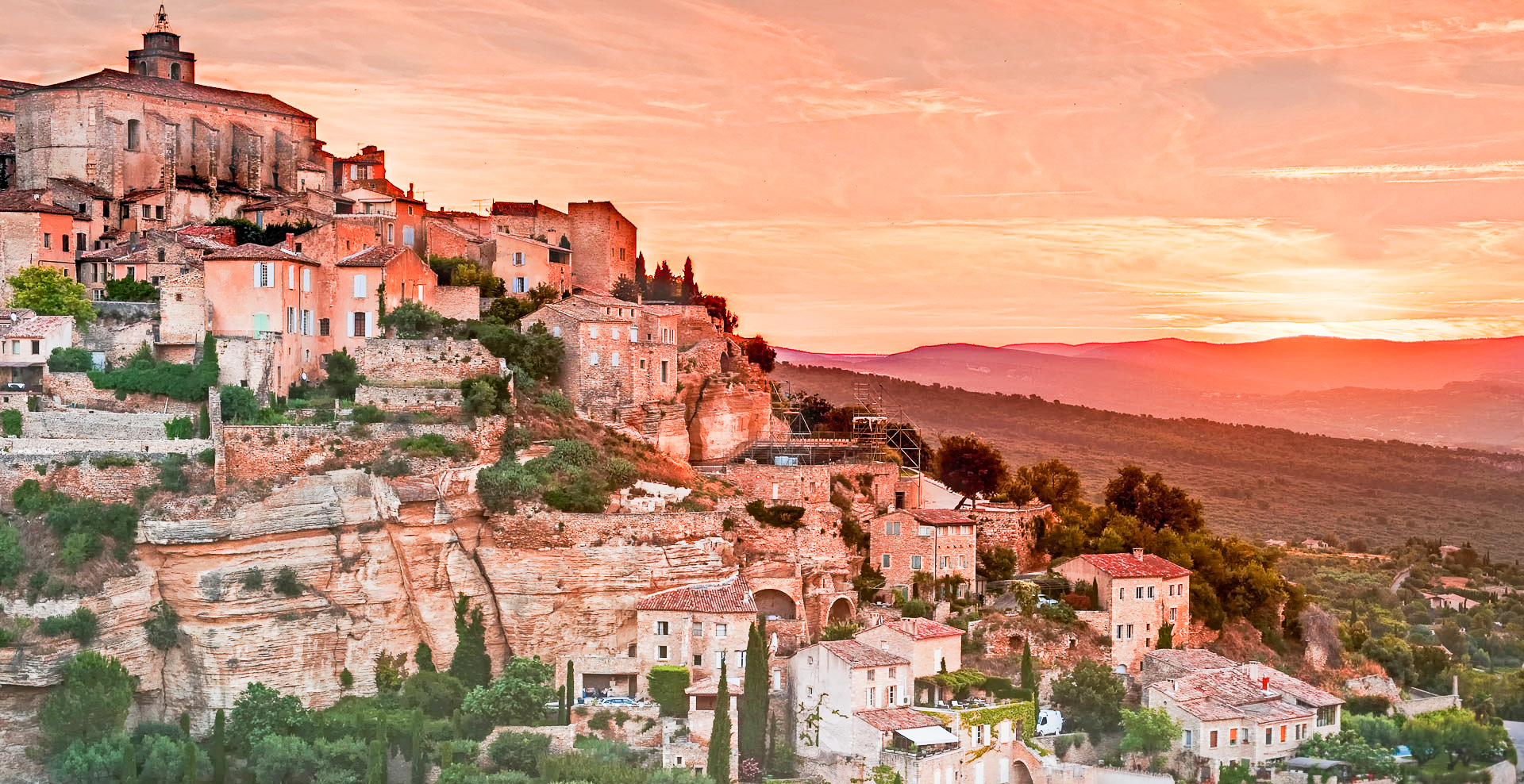 10 Beautiful Towns You Need To Visit In The South Of France (5)
