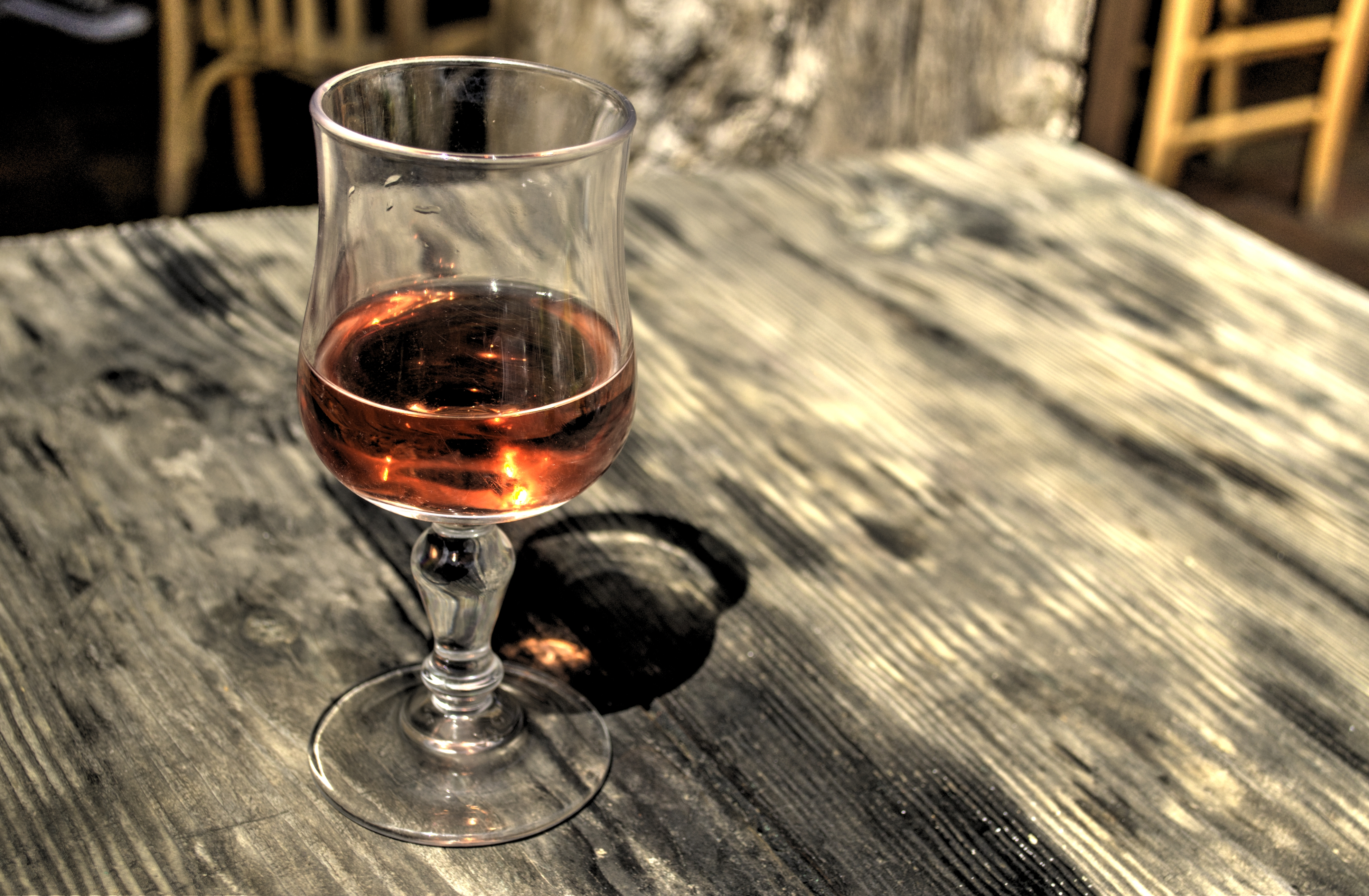 How To Make Delicious Wine Out Of Oak Leaves