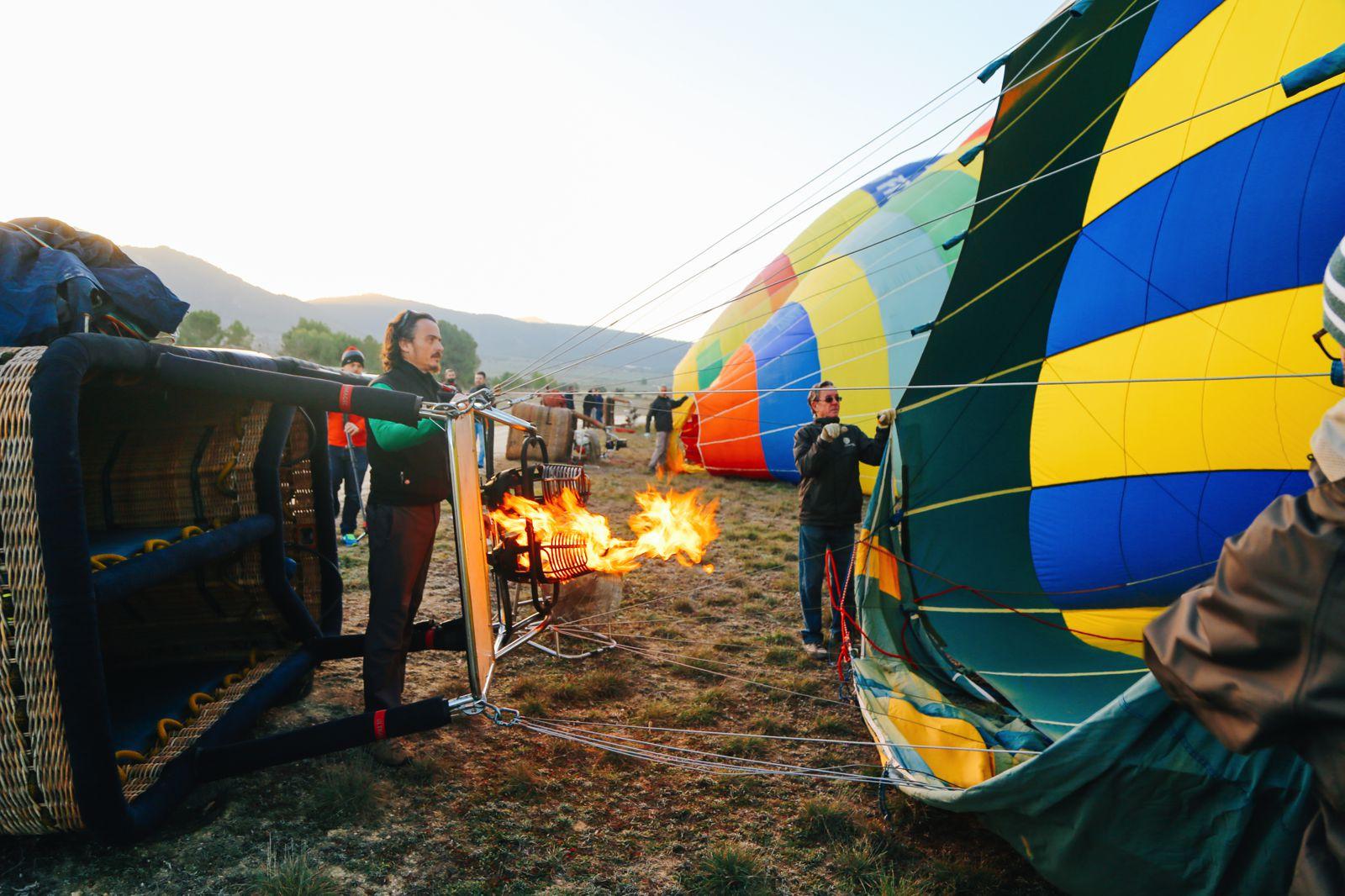 Hot Air Balloon Sunrise... In Sierra De Mariola, Valencia (5)