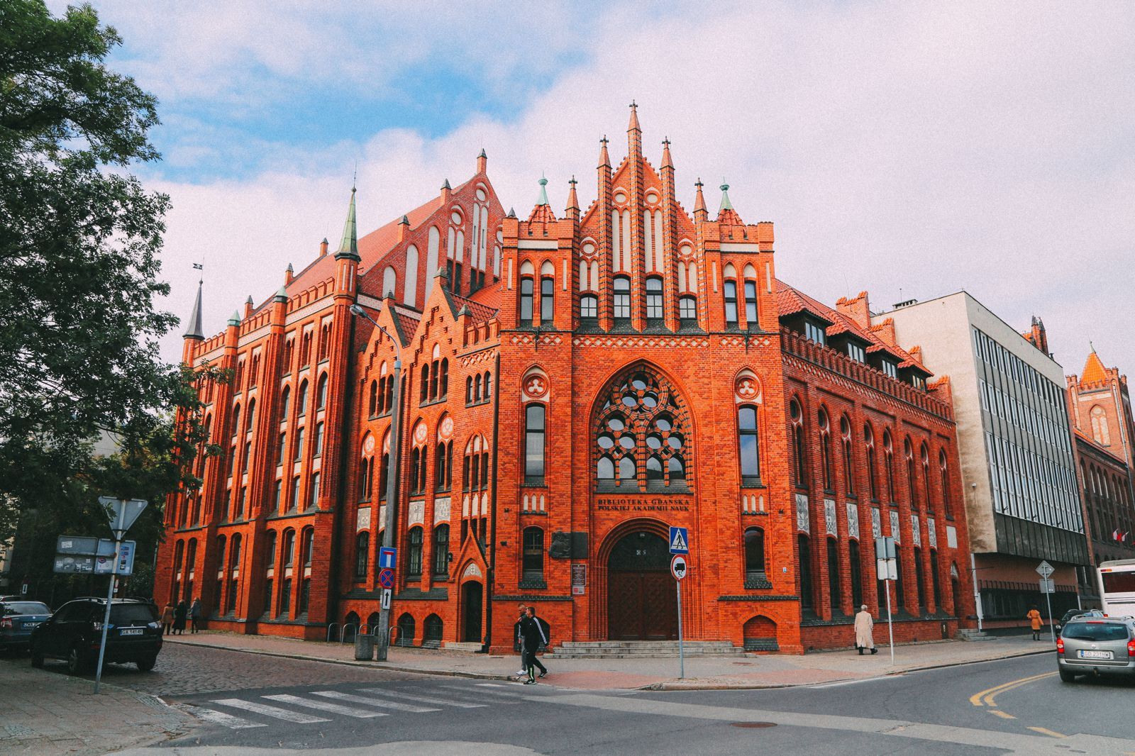 The Beautiful Old Town Of Gdansk In Poland | PART 1 (2)