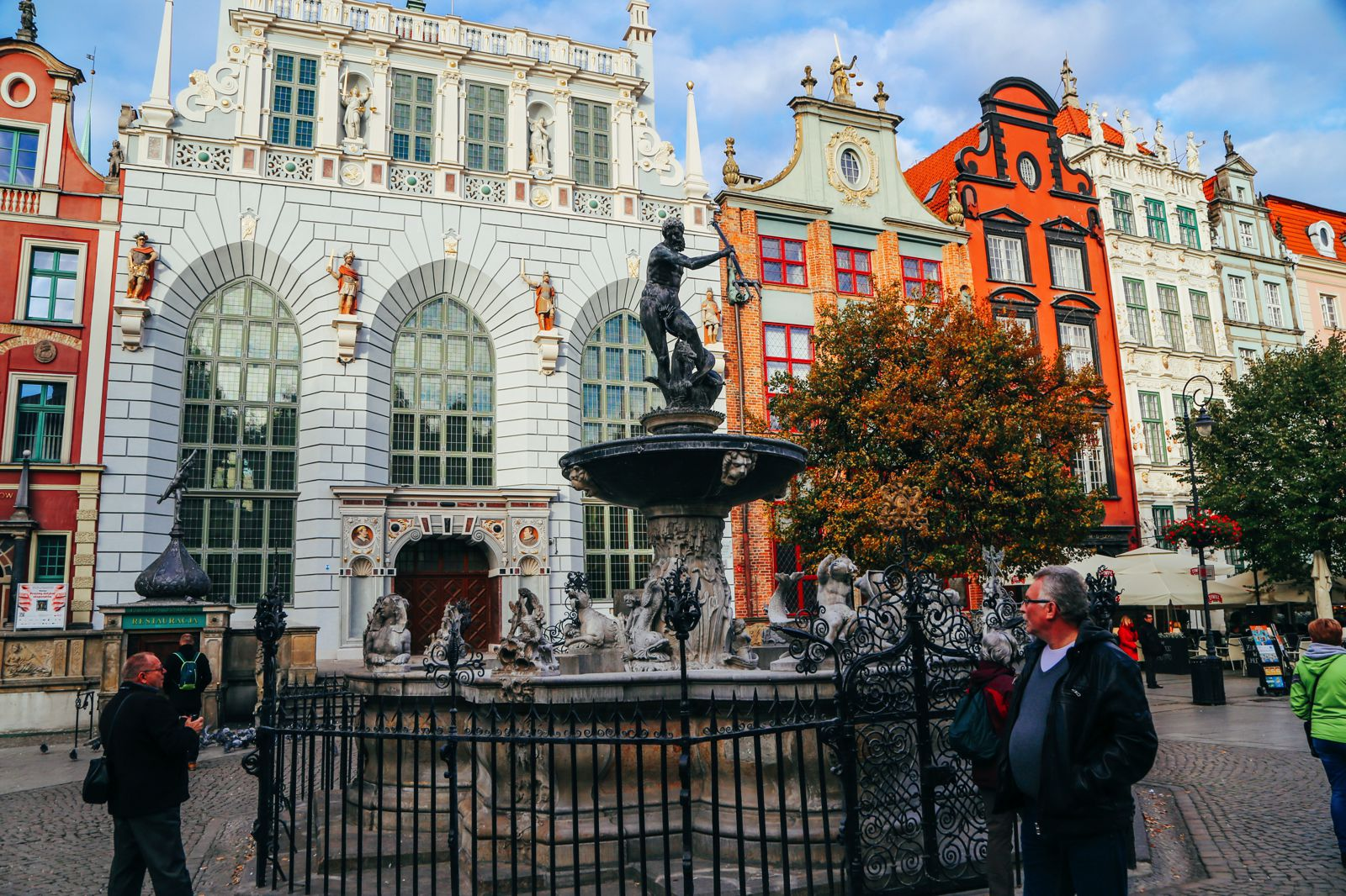 The Beautiful Old Town Of Gdansk In Poland | PART 2 (20)