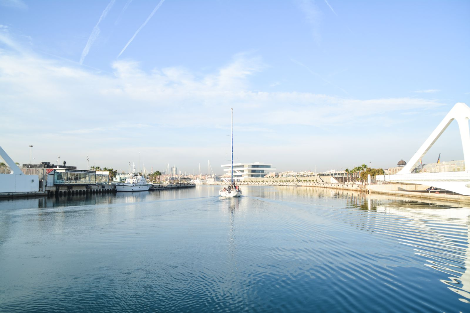Spend A Day Exploring The Beauty Of Valencia (16)