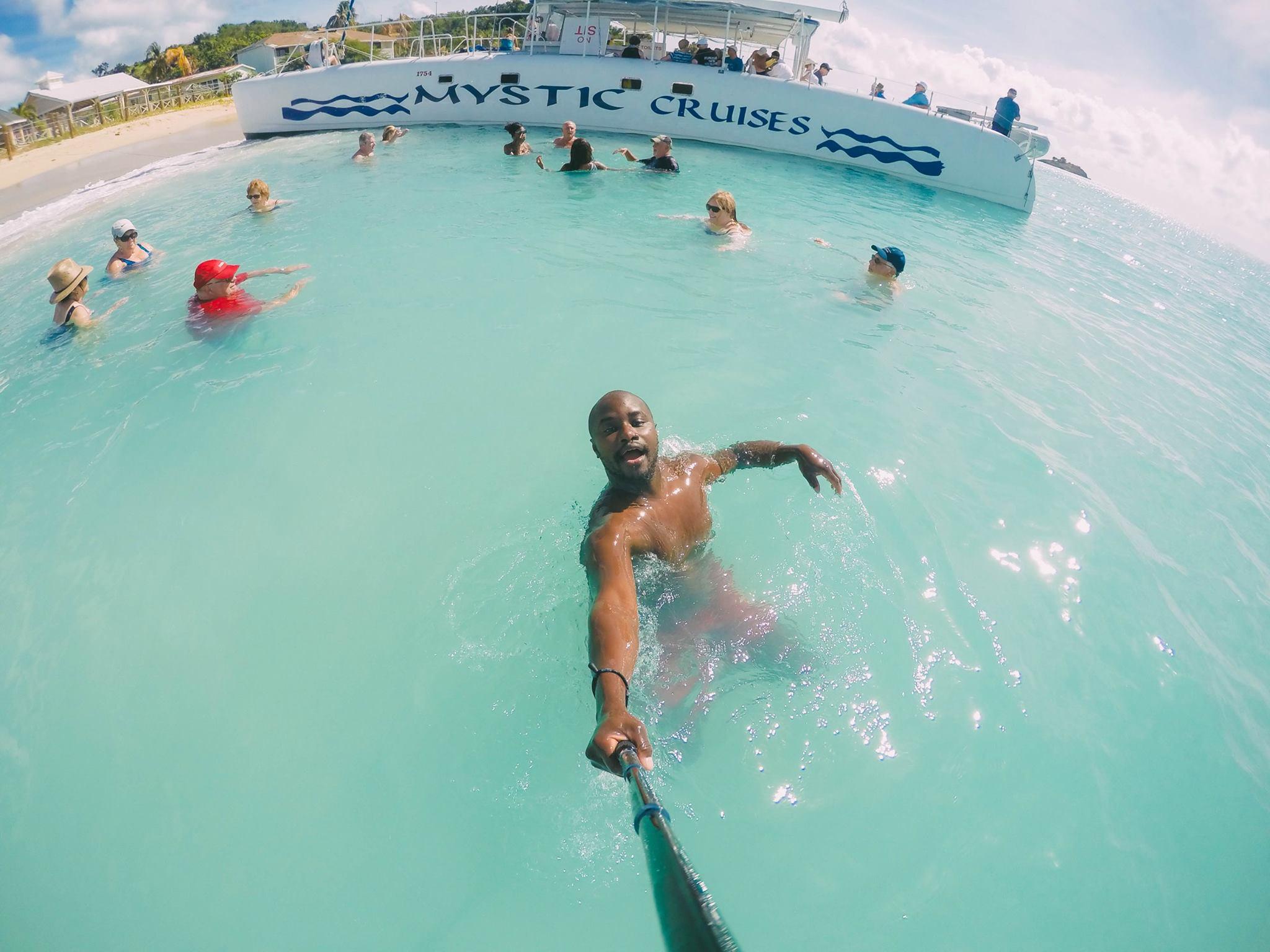 Sailing In Antigua In The Caribbean (18)