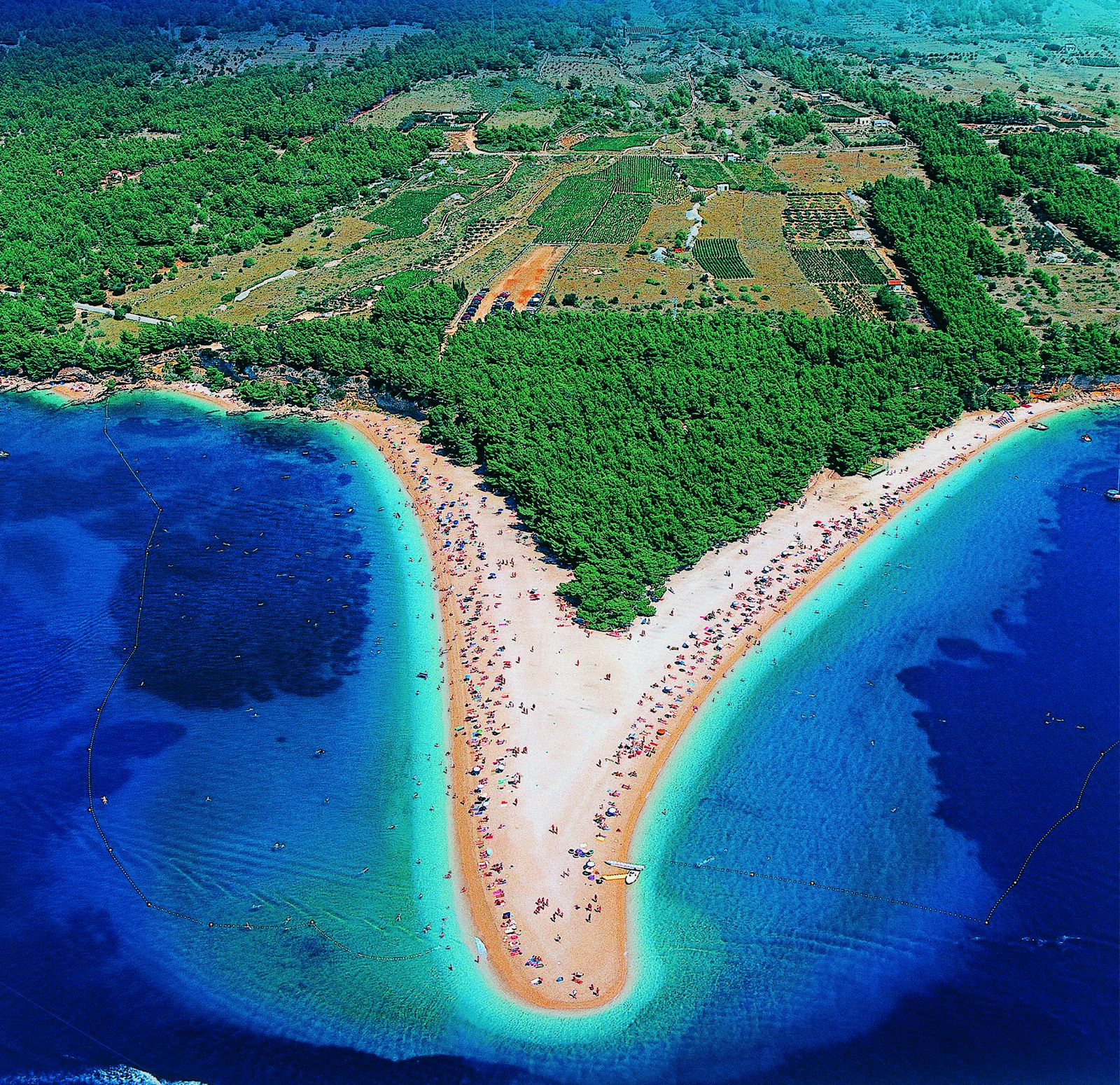 10-beautiful-croatian-islands-youll-want-to-visit (11)