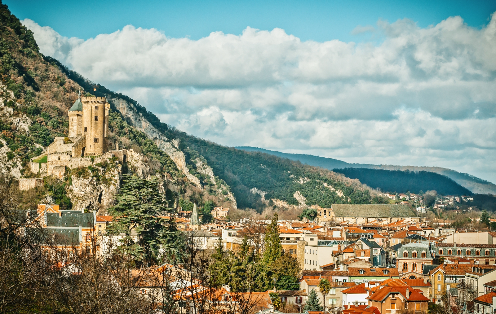 10 Fairytale Castles You Must Explore In France (15)