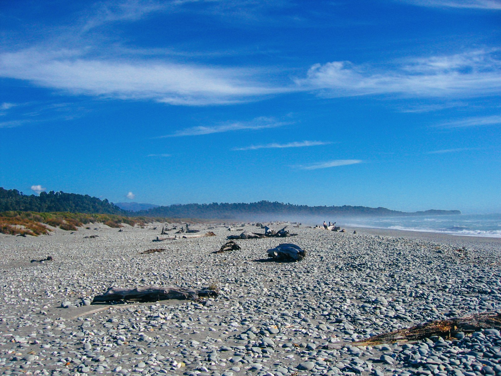 10 Beaches You Have To Visit In New Zealand (6)