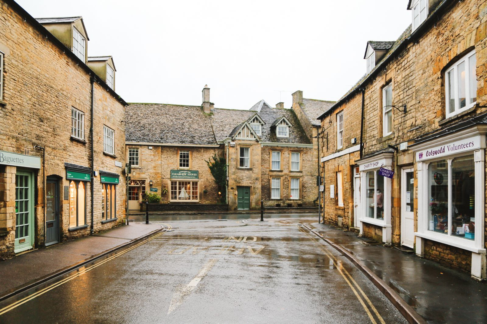 3 Neighbouring Villages & Towns You Need To Visit In The Cotswolds, England  (21)