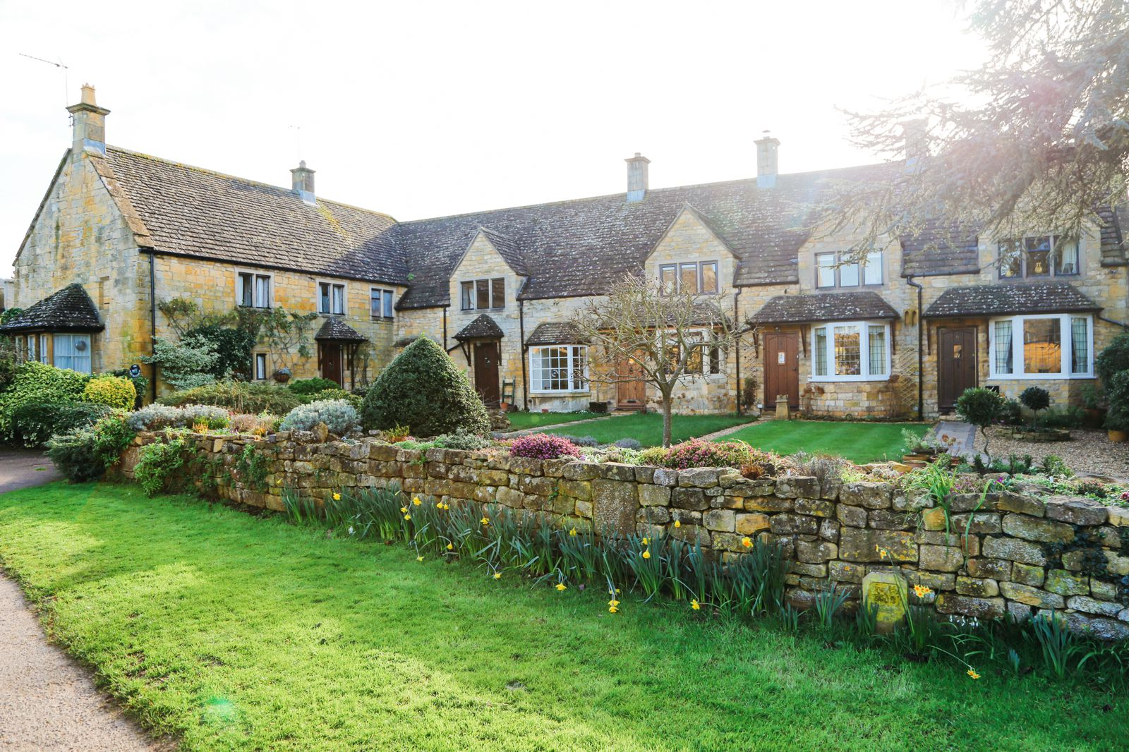 3 Neighbouring Villages & Towns You Need To Visit In The Cotswolds, England  (12)