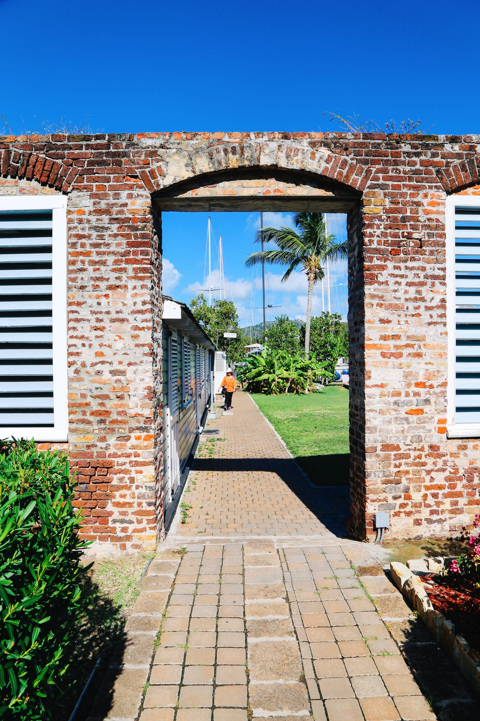 Exploring The Caribbean Island Of Antigua By Land - Part 1 (14)
