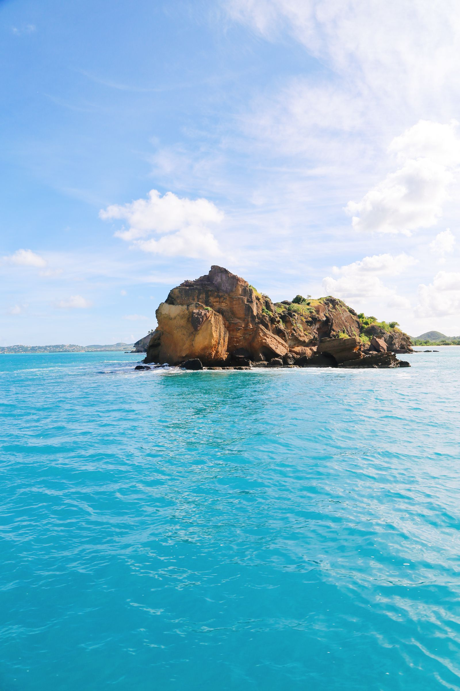 Sailing In Antigua In The Caribbean (24)