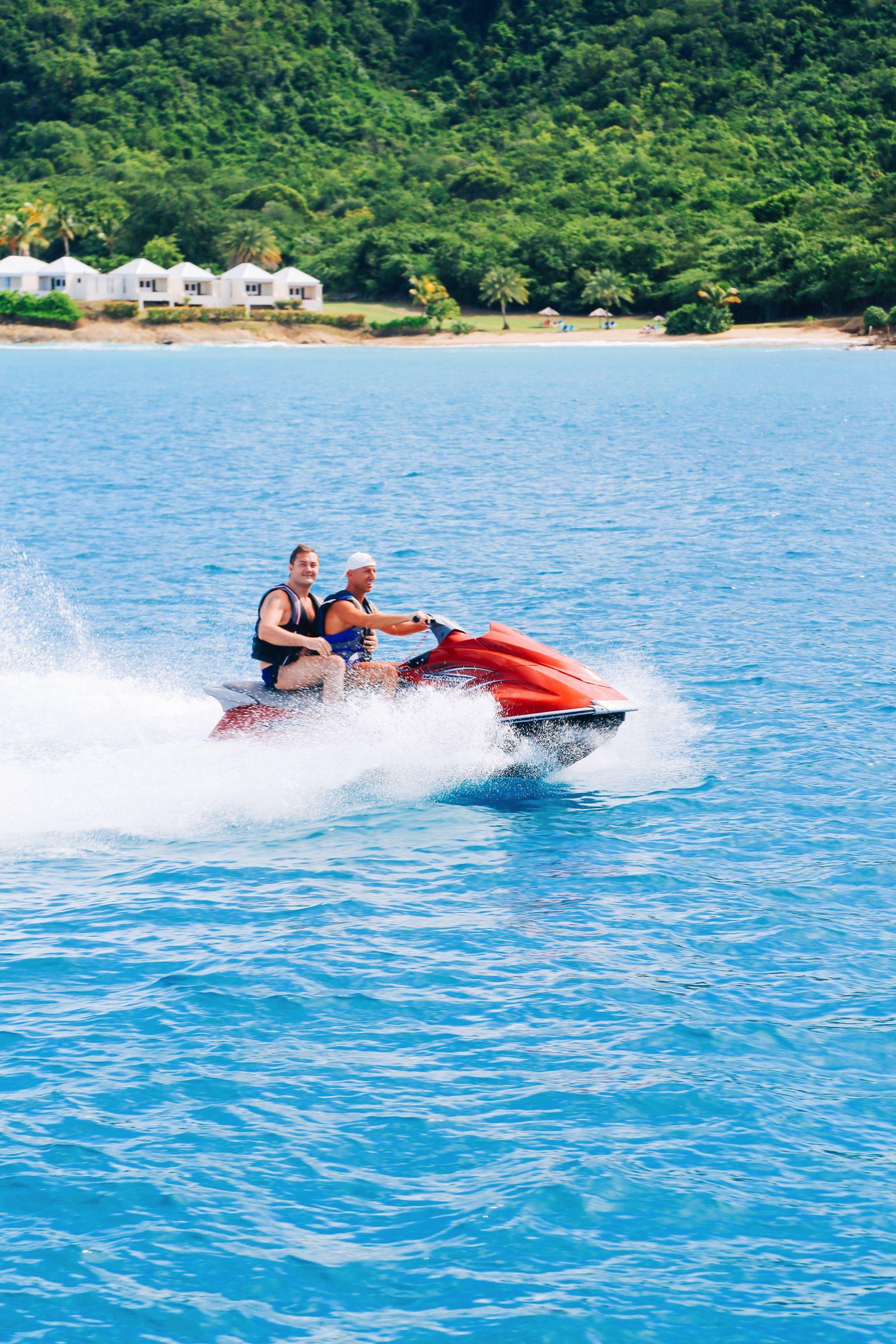 Sailing In Antigua In The Caribbean (15)