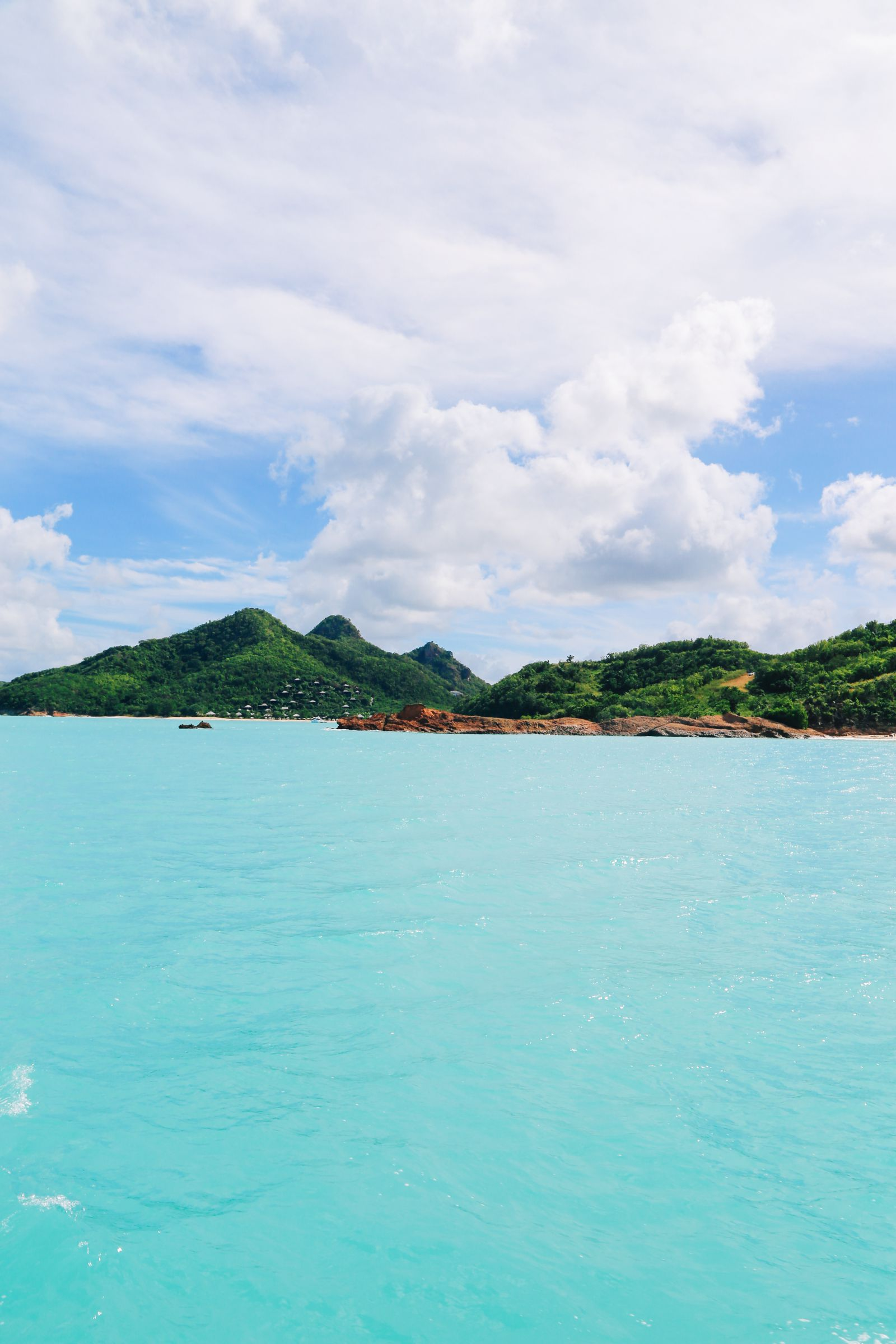 Sailing In Antigua In The Caribbean (14)