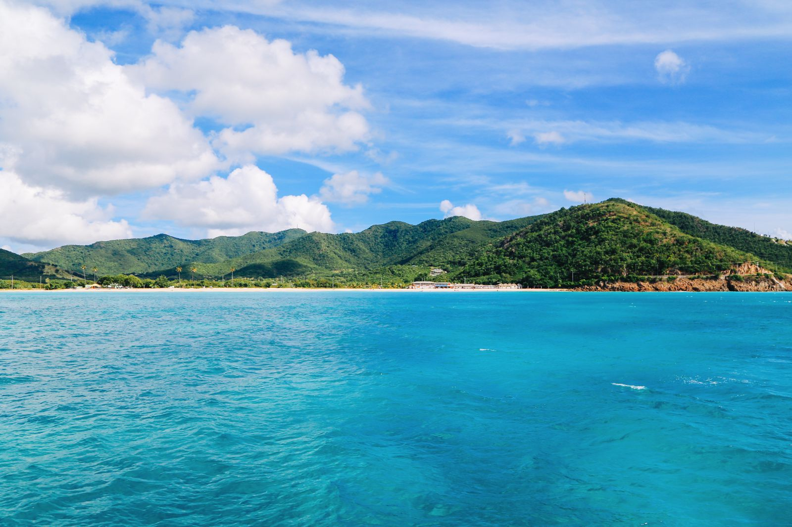 Sailing In Antigua In The Caribbean (8)