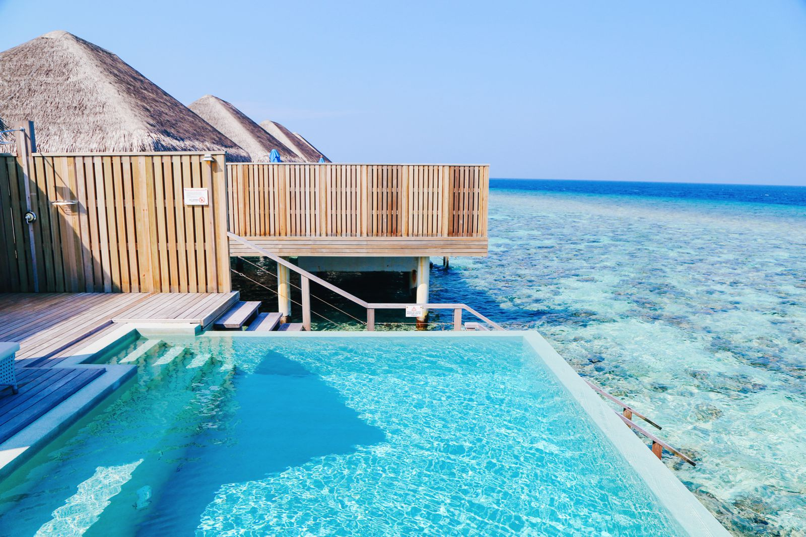 Arrival At The Dusit Thani In The Maldives! (26)