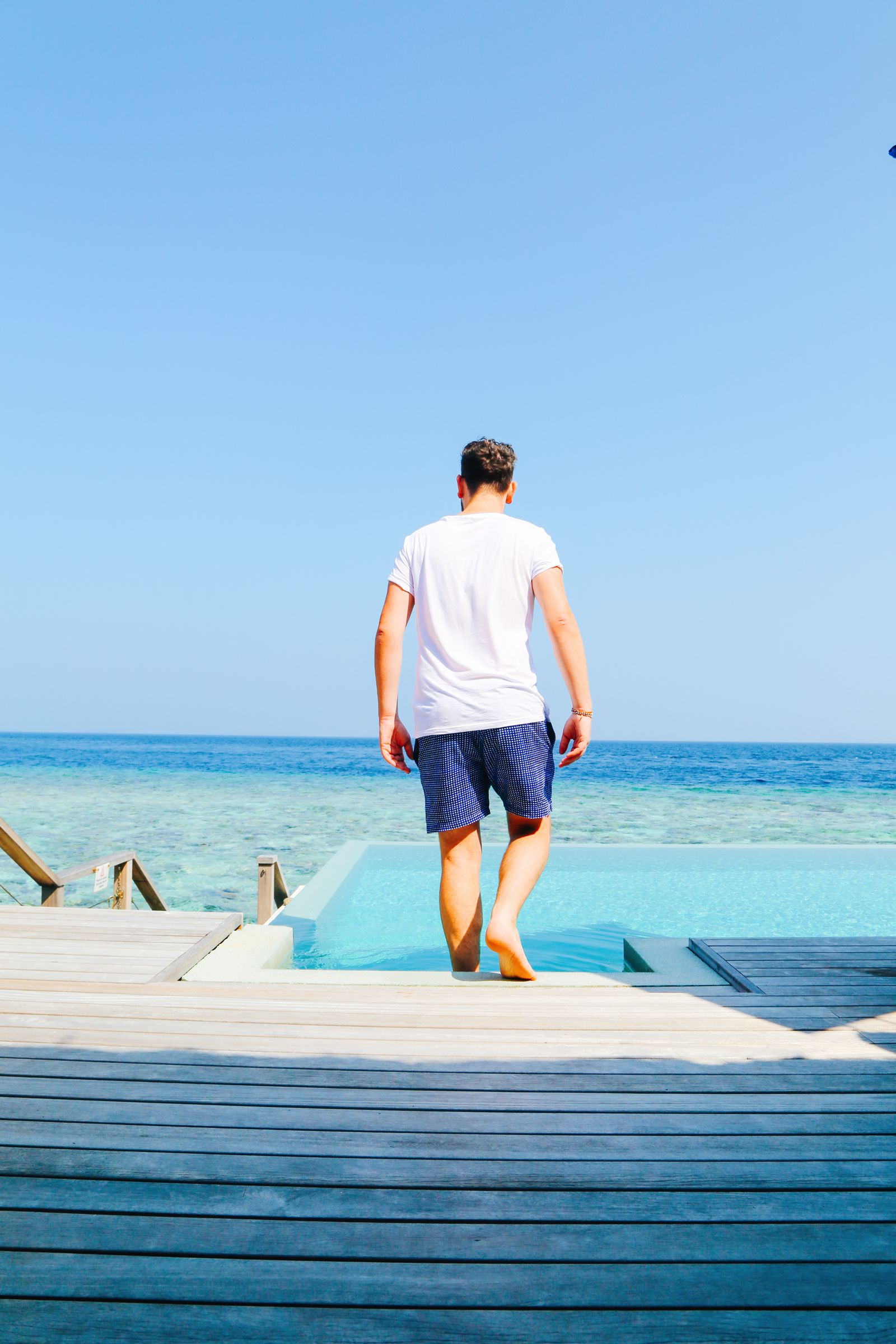 Arrival At The Dusit Thani In The Maldives! (37)