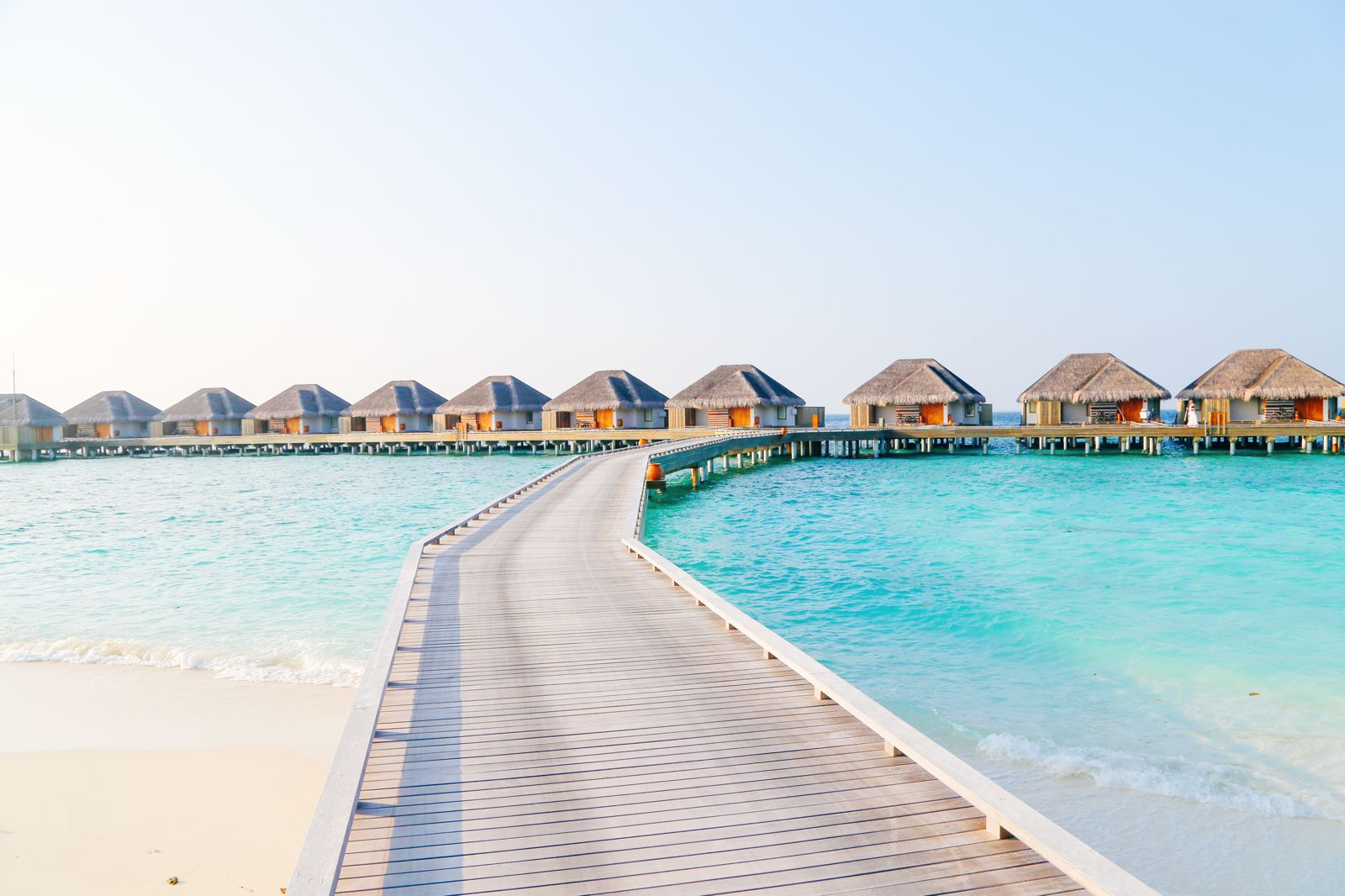 Arrival At The Dusit Thani In The Maldives! (41)