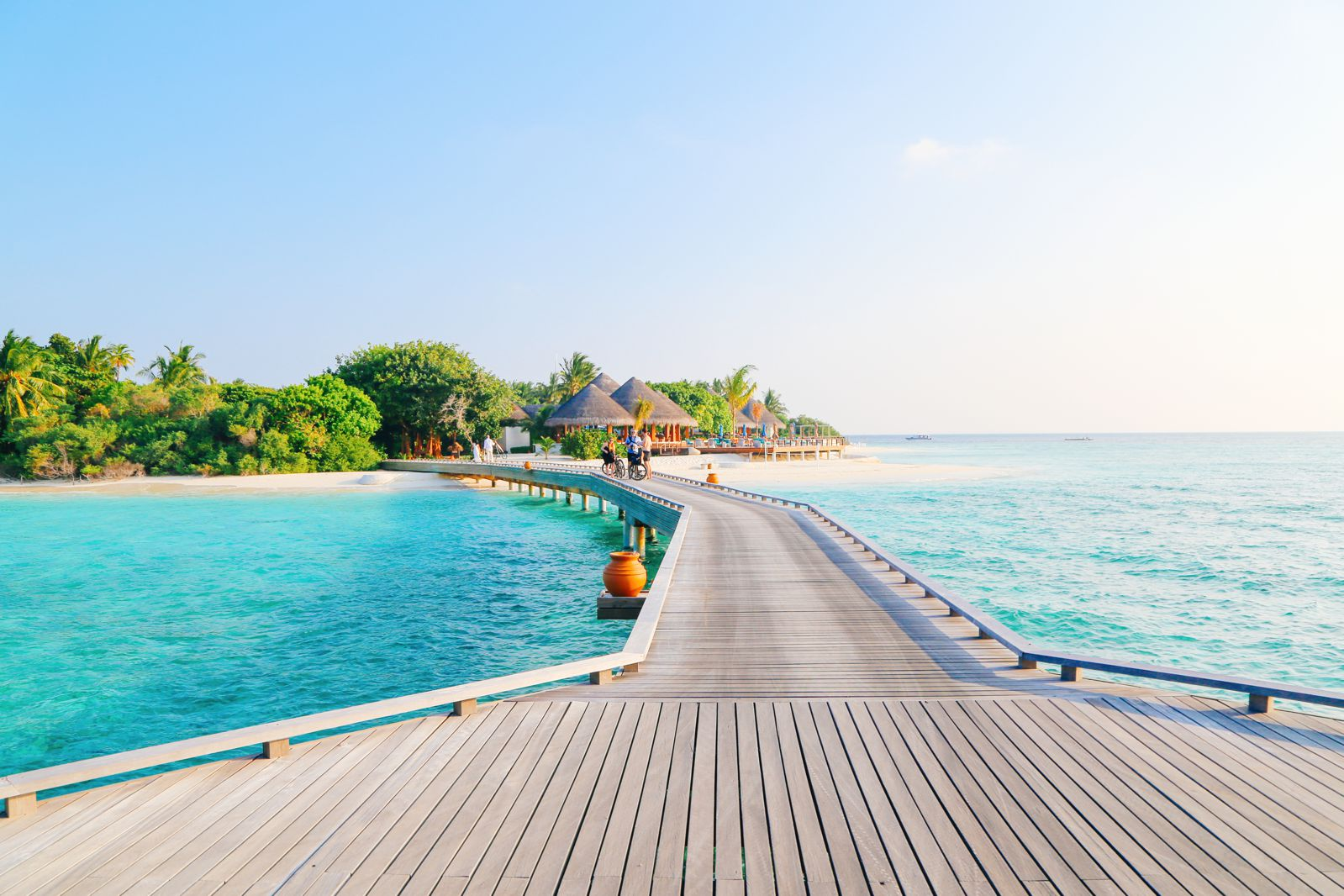 Arrival At The Dusit Thani In The Maldives! (42)